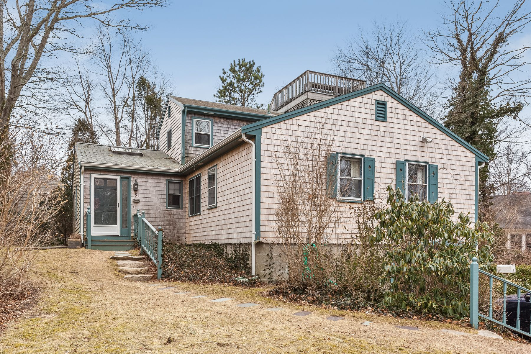Single Family Home for Active at Woods Hole Village Living! 9 Strawberry Hill Road Woods Hole, Massachusetts 02543 United States