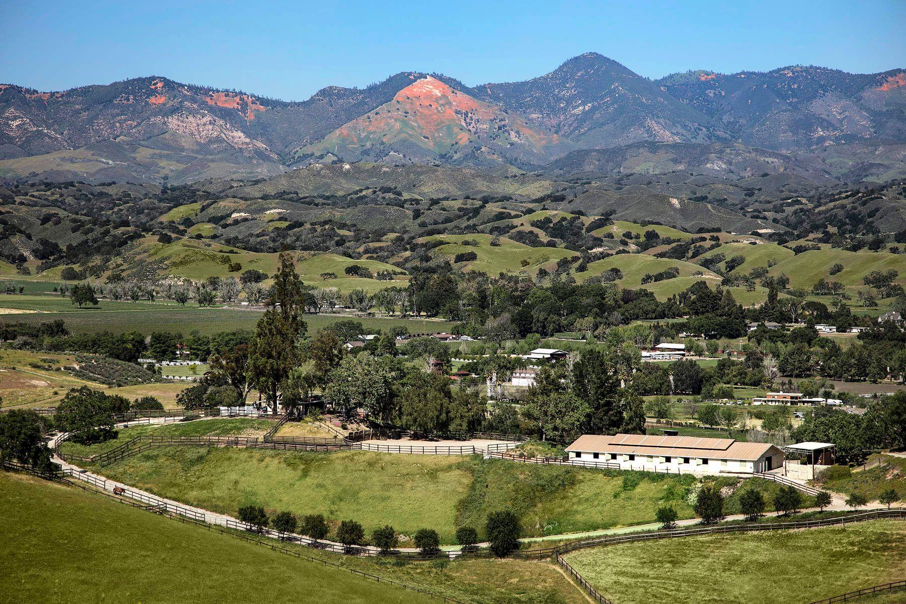 포도원 용 매매 에 Ballard Hill Ranch 3047 West Hwy 154, Los Olivos, 캘리포니아, 93441 미국