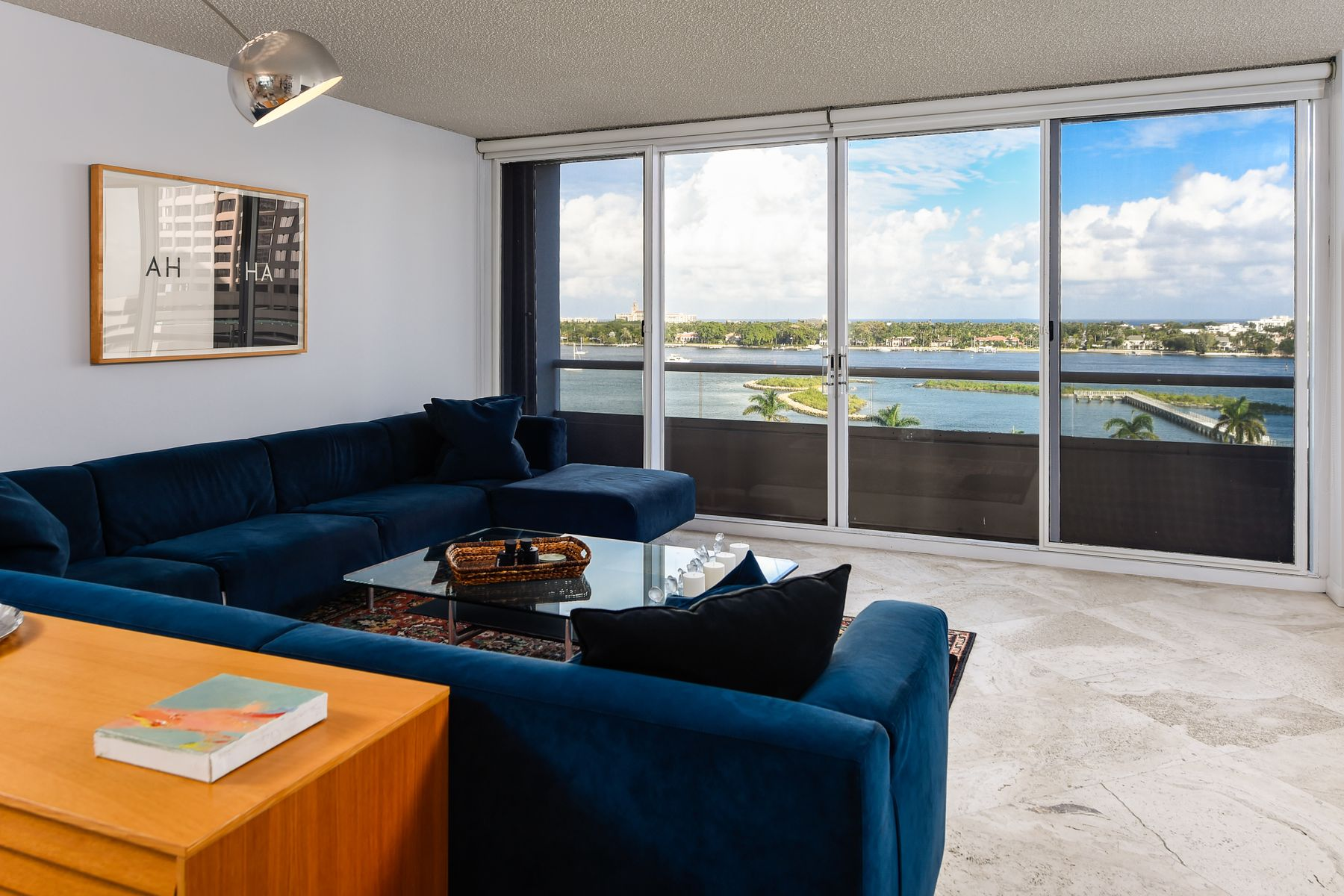 Additional photo for property listing at Trump Plaza 8F 529 S Flagler Dr Apt 8F, West Palm Beach, Florida 33401 Vereinigte Staaten