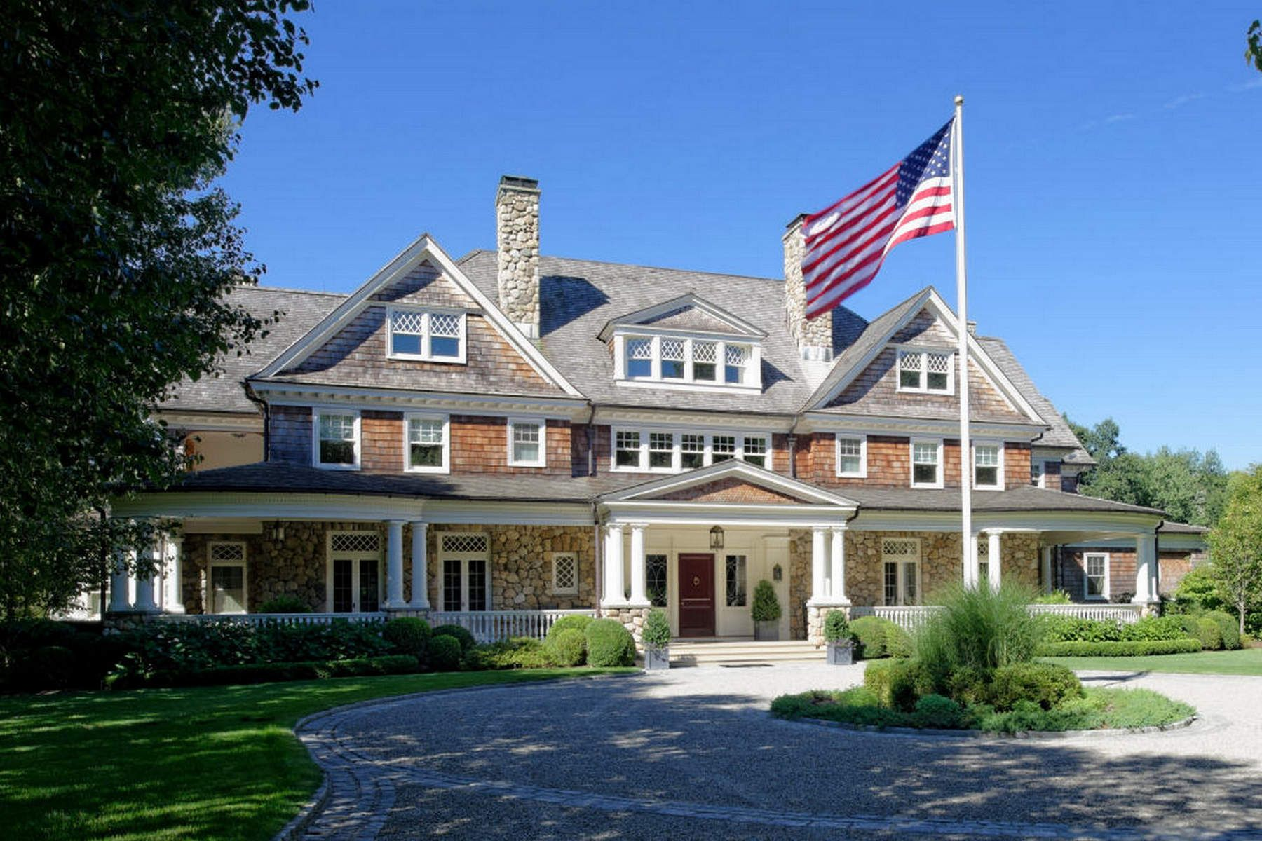 Maison unifamiliale pour l Vente à Ultimate Greenwich Country Estate 586 Round Hill Road Greenwich, Connecticut 06831 États-Unis