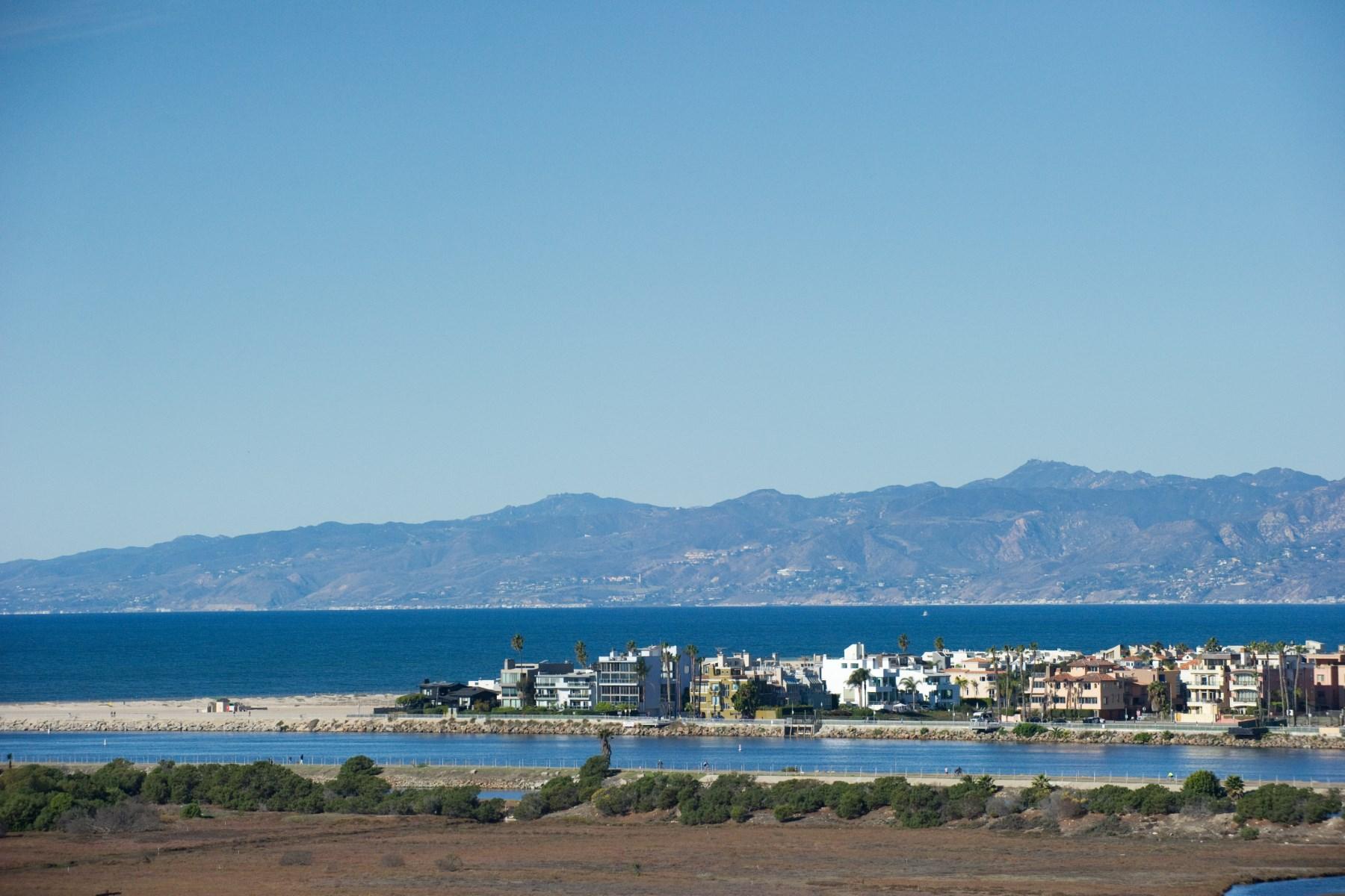 Tek Ailelik Ev için Satış at Ocean View Estate 8125 Tuscany Avenue Playa Del Rey, Kaliforniya, 90293 Amerika Birleşik Devletleri