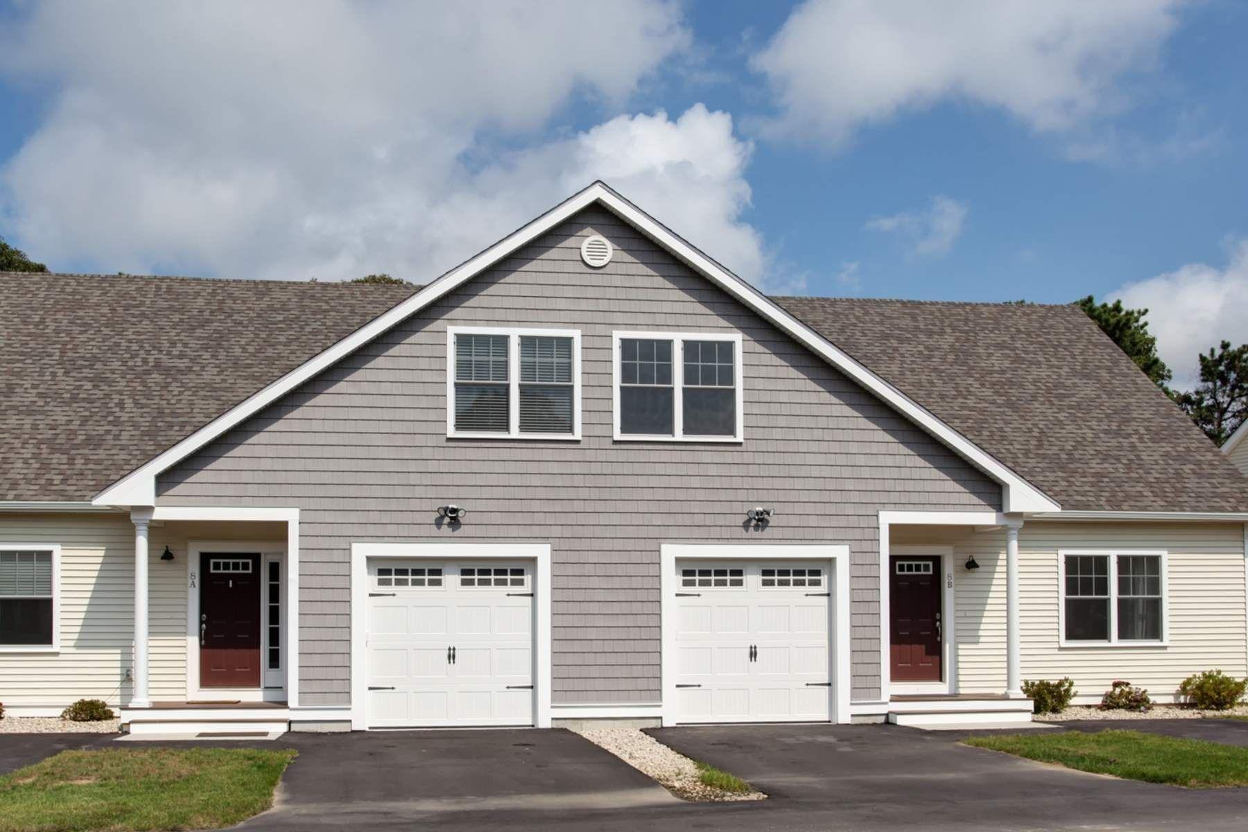 Condominio per Vendita alle ore 627 Gifford Street, Unit 11b 637 Gifford St Unit 11B, Falmouth, Massachusetts, 02540 Stati Uniti