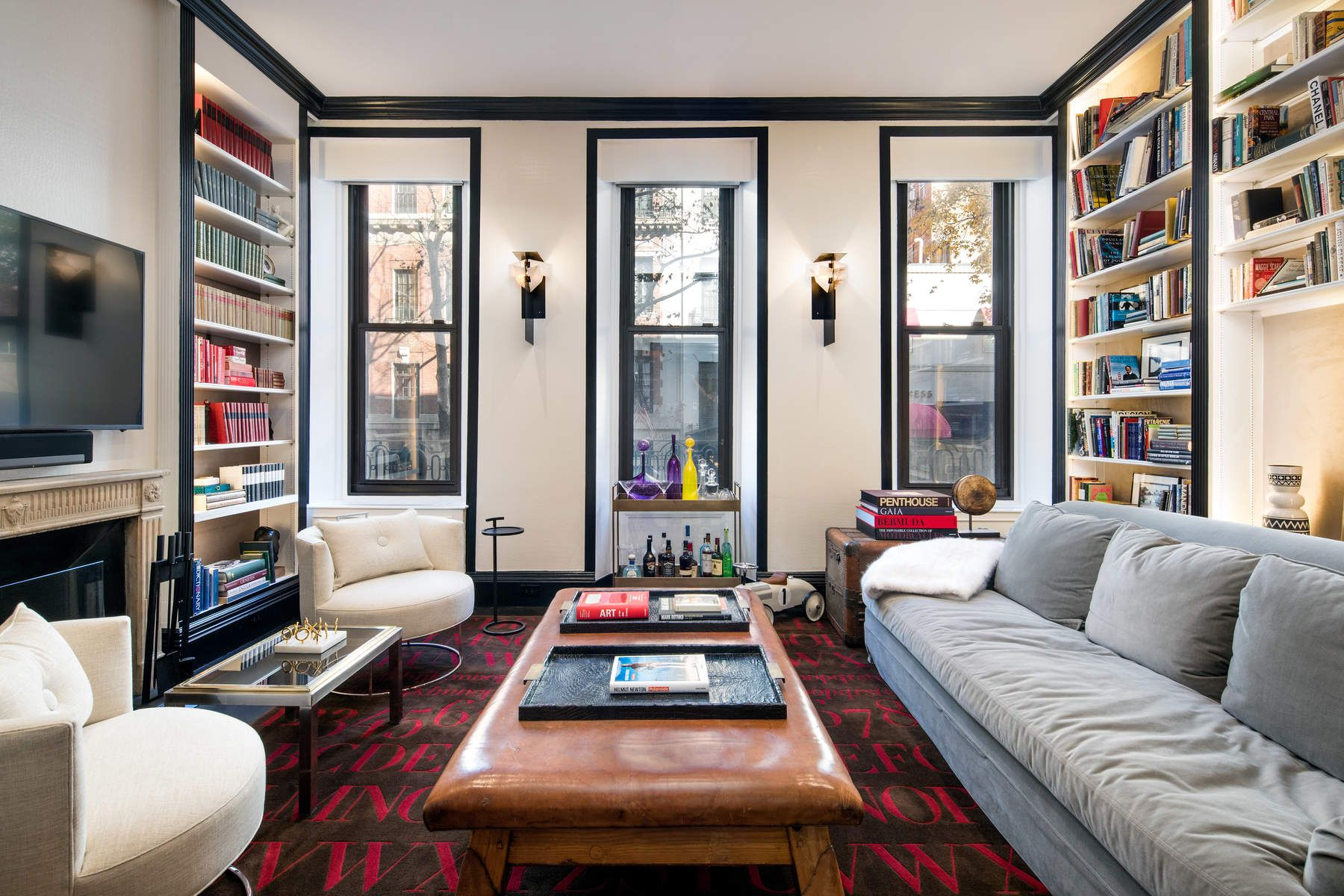 Additional photo for property listing at 132 East 62nd Street 132 East 62nd Street New York, New York 10065 United States