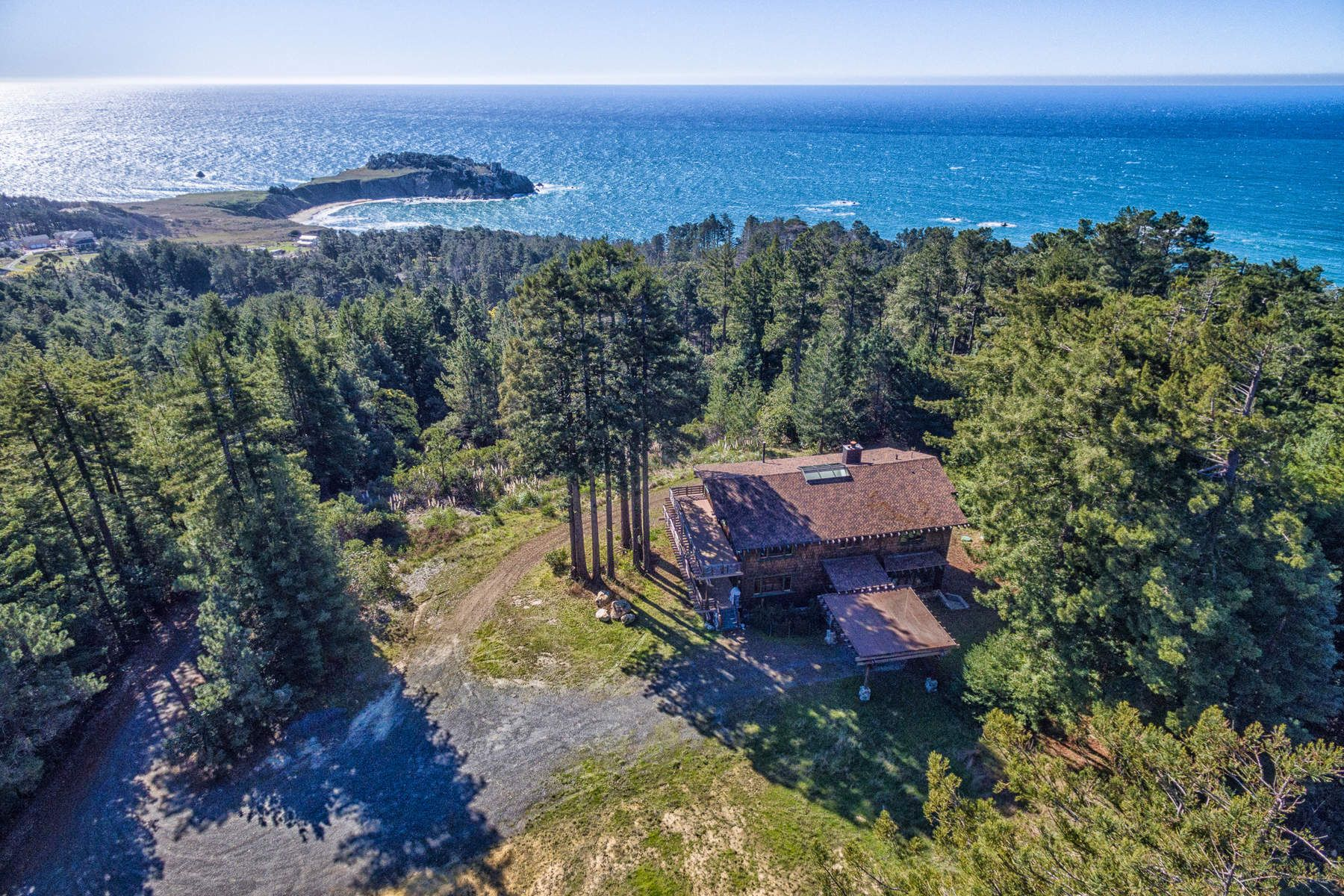 Single Family Home for Sale at Coastal Country Estate 33651 S Highway 1 Gualala, California 95445 United States