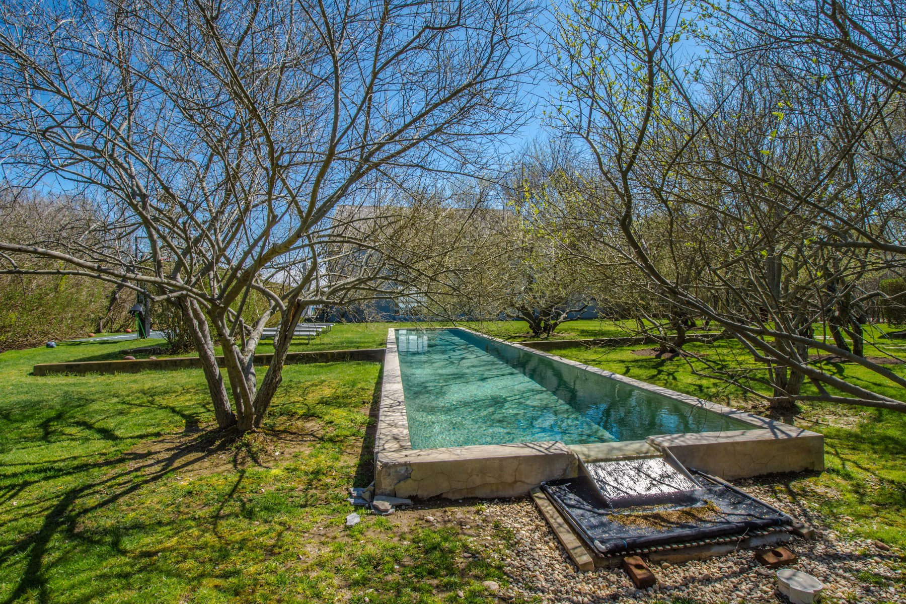 Additional photo for property listing at Private Oceanfront Retreat 135 Crestview Lane Sagaponack, New York 11962 United States