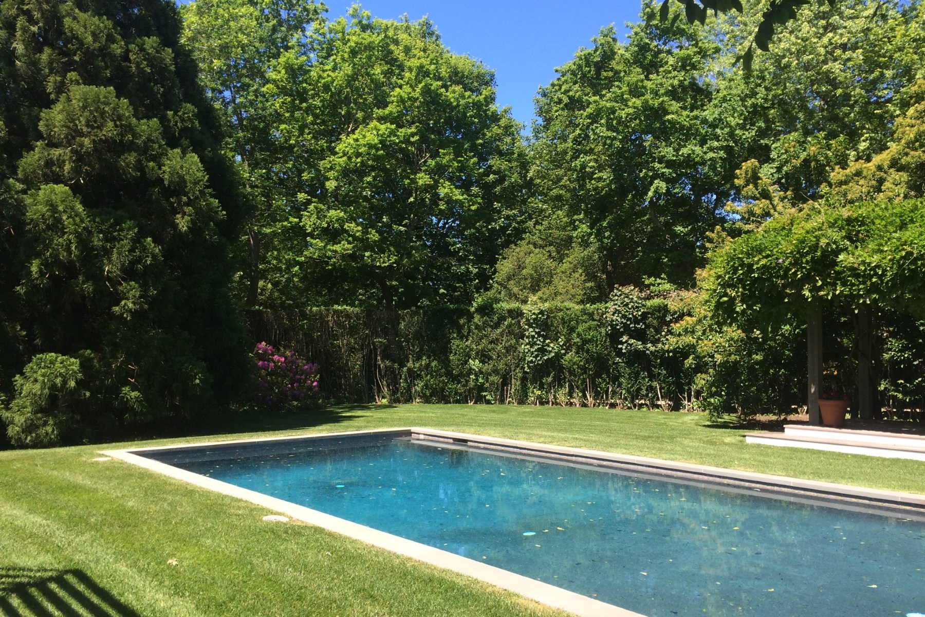 Additional photo for property listing at July Georgica 4 Bedrooms  East Hampton, New York 11937 United States