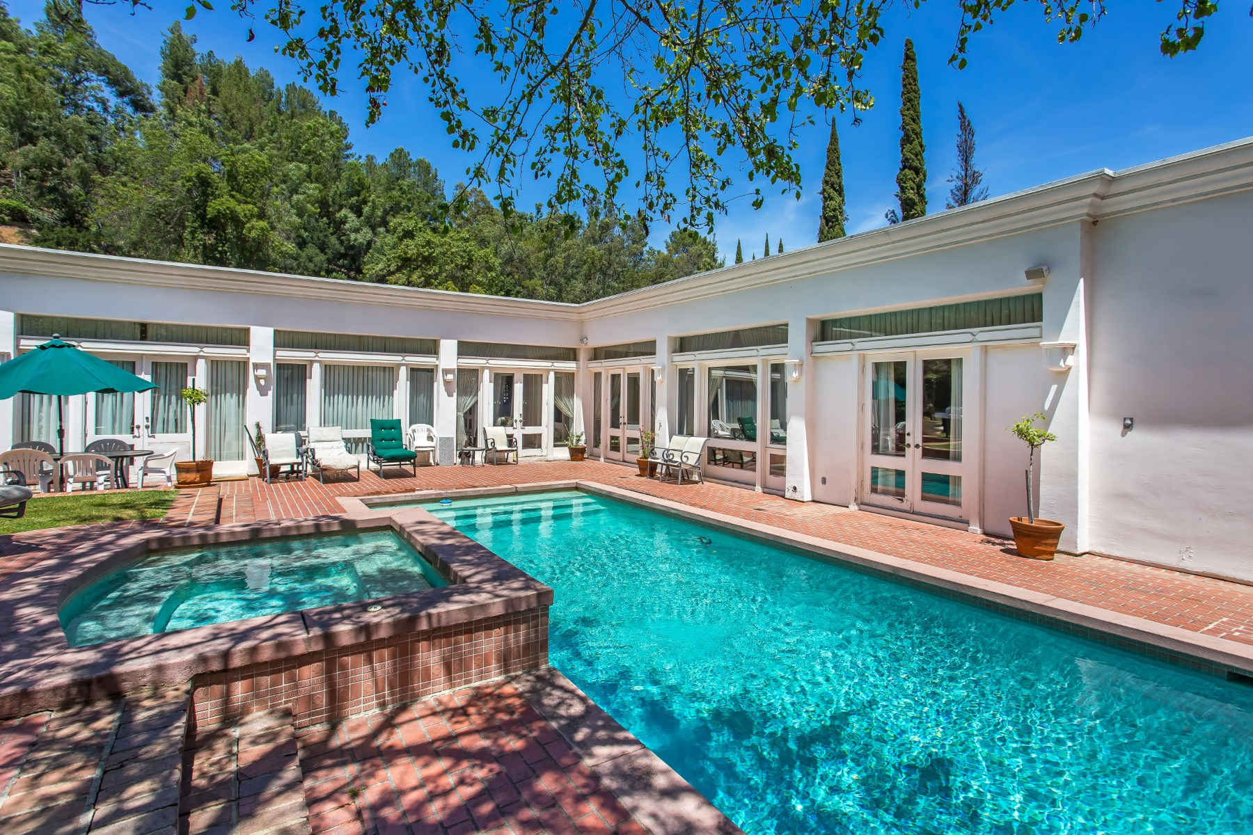 Single Family Home for Sale at Prime BHPO Mediterranean 9988 Liebe Drive Beverly Hills, California, 90210 United States