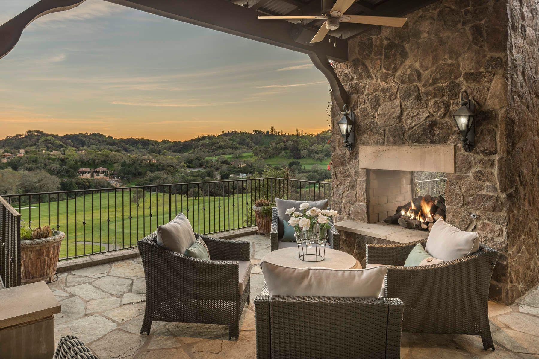 واحد منزل الأسرة للـ Sale في 5722 Cottage Ridge Road, Santa Rosa 5722 Cottage Ridge Rd Santa Rosa, California 95403 United States