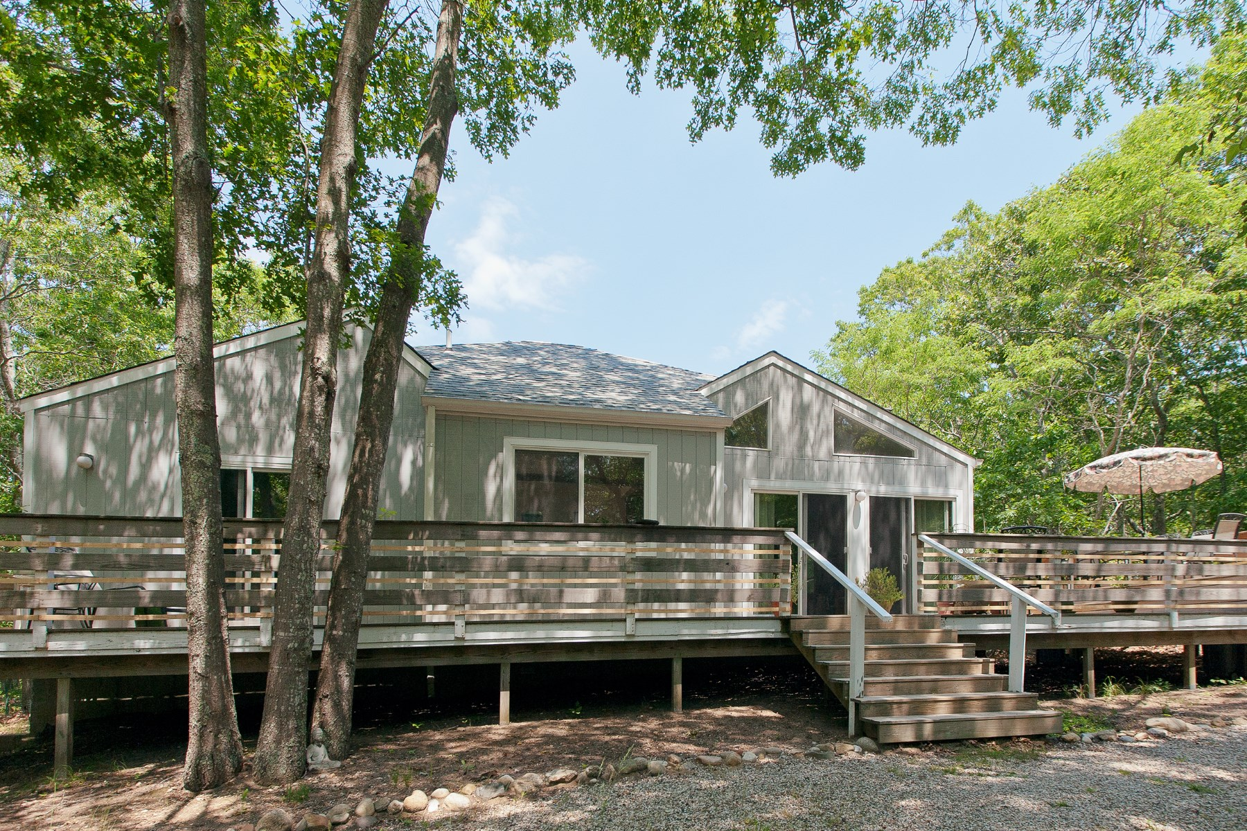 Single Family Home for Sale at Charming Home On 1.17+/- Acres 19 Renees Way East Hampton, New York, 11937 United States