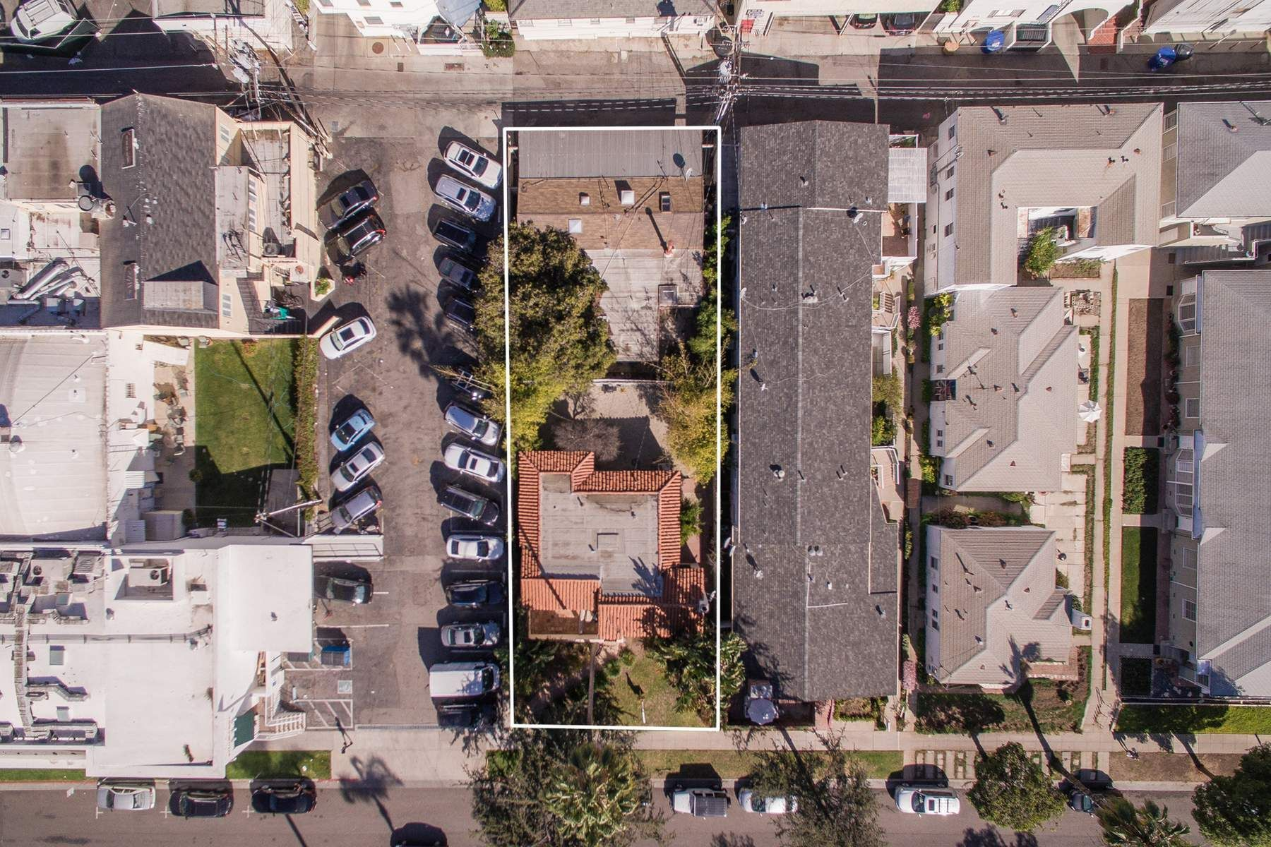 Multi-Family Home for Sale at 817 16th Street Santa Monica, California, 90403 United States