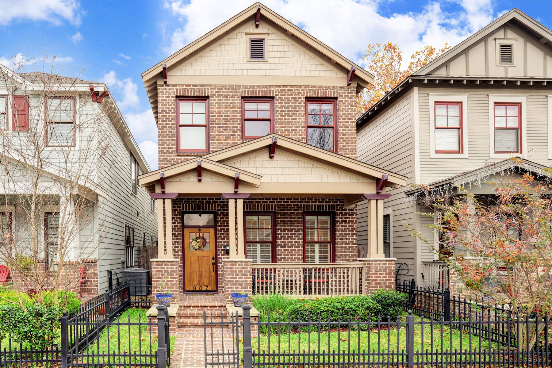 Single Family Home for Sale at 807 E 26th Street Houston, Texas, 77009 United States