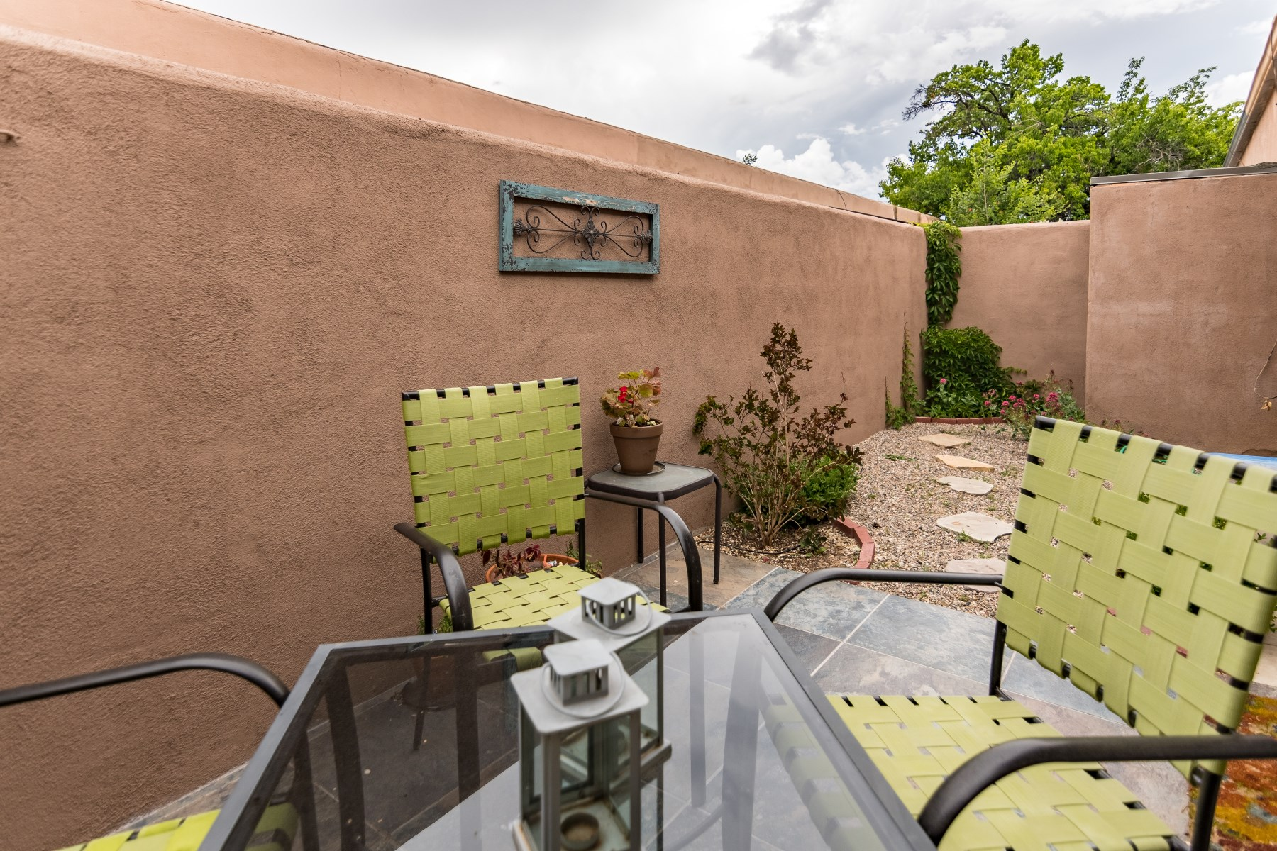 Additional photo for property listing at 1000 Marquez Place, C-6  Santa Fe, New Mexico 87505 United States
