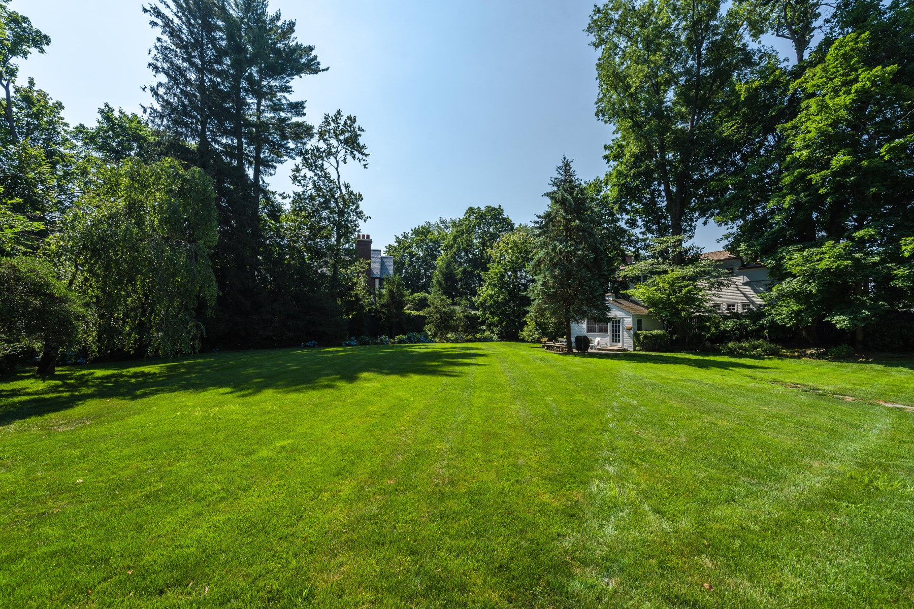 Additional photo for property listing at 569 Indian Field Road 569 Indian Field Road Greenwich, Connecticut 06830 United States
