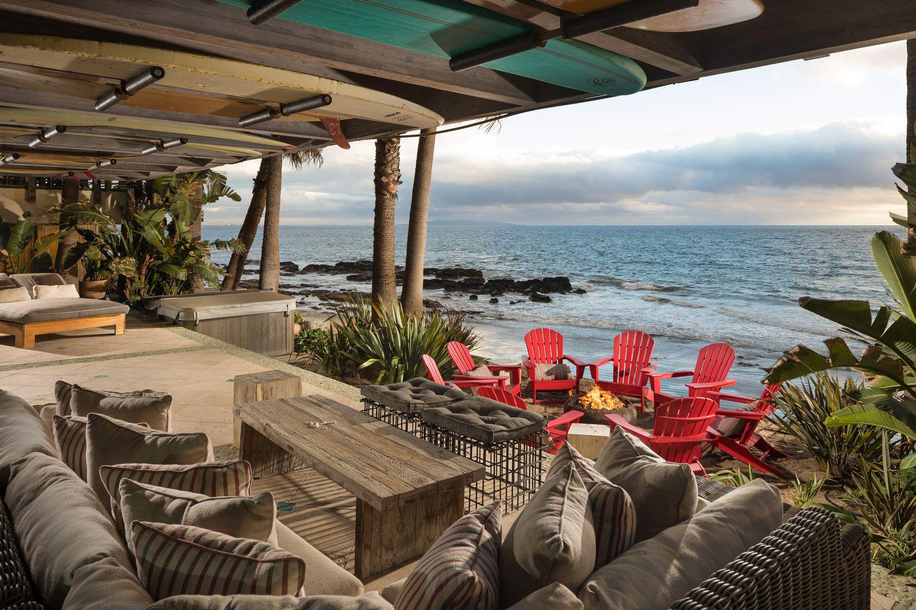 Additional photo for property listing at Malibu Beach Front Luxury Home 20906 Pacific Coast Highway Malibu, California 90265 United States