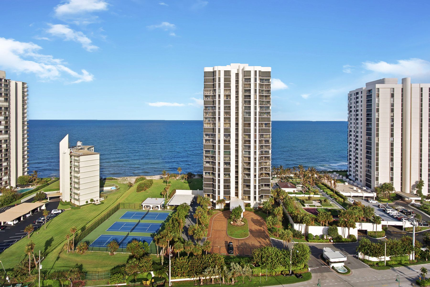 Apartments for Active at Eastpointe II Sunrise to Sunset Riviera Beach, Florida 33404 United States