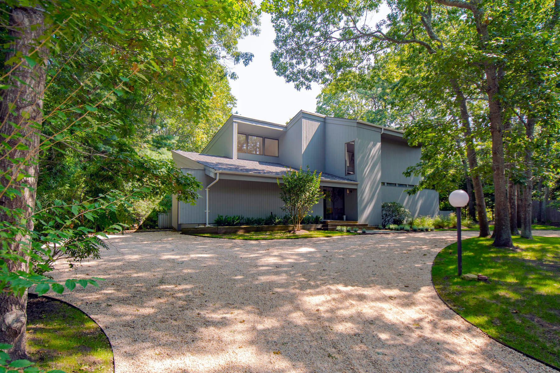 Single Family Home for Rent at Stylish Contemporary East Hampton, New York 11937 United States