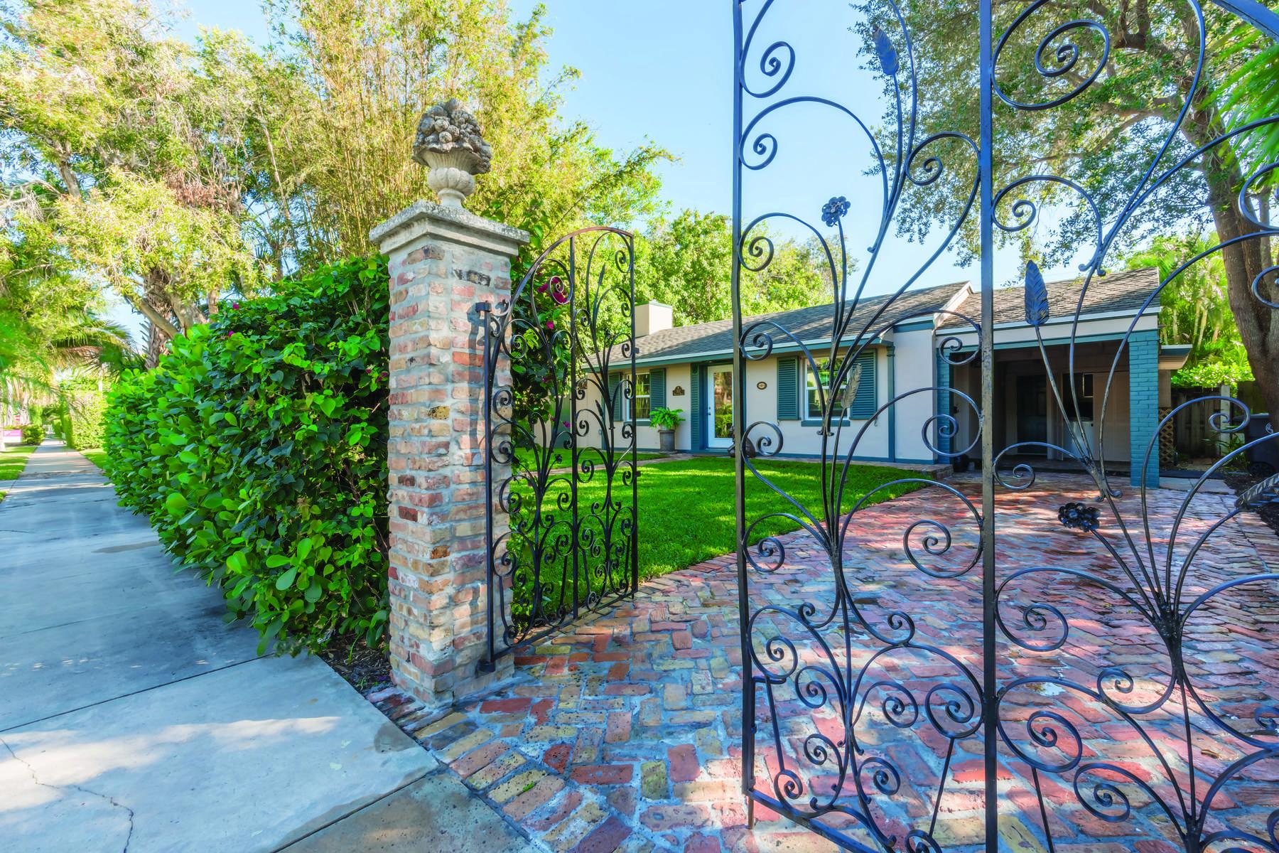 Casa Unifamiliar por un Venta en Historic El Cid Landmark 322 Valencia Rd, West Palm Beach, Florida, 33401 Estados Unidos