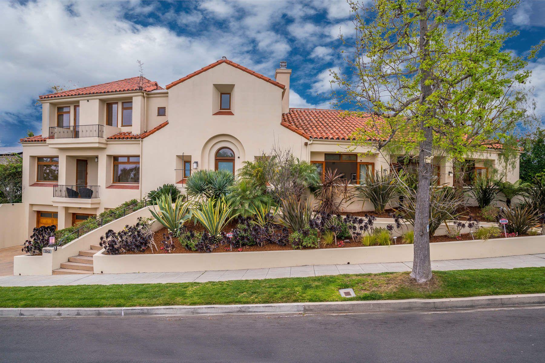 獨棟家庭住宅 為 出售 在 2943 Club Drive Cheviot Hills, Los Angeles, 加利福尼亞州, 90064 美國