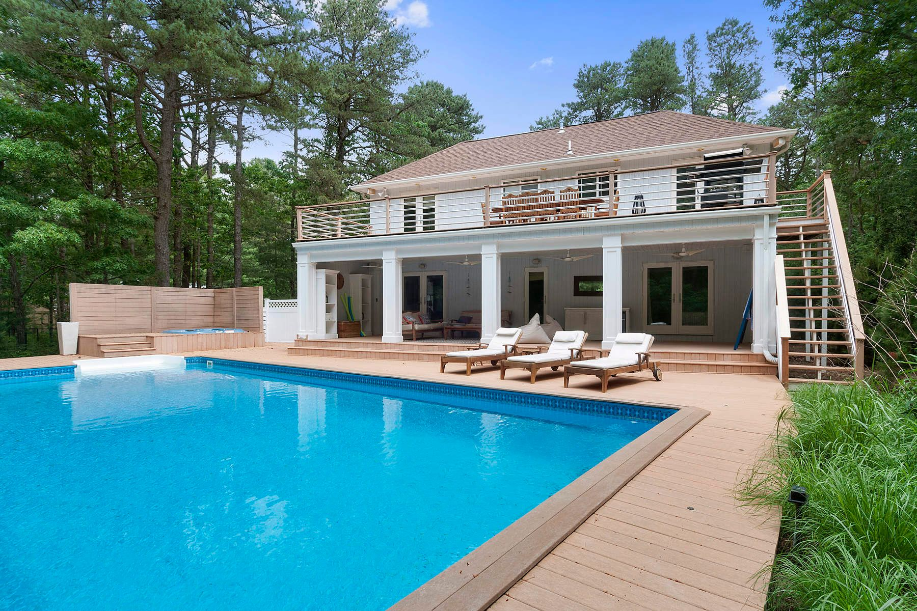 Single Family Home for Rent at PERFECTLY RENOVATED AND PRIVATE 65 Edwards Hole Road East Hampton, New York 11937 United States
