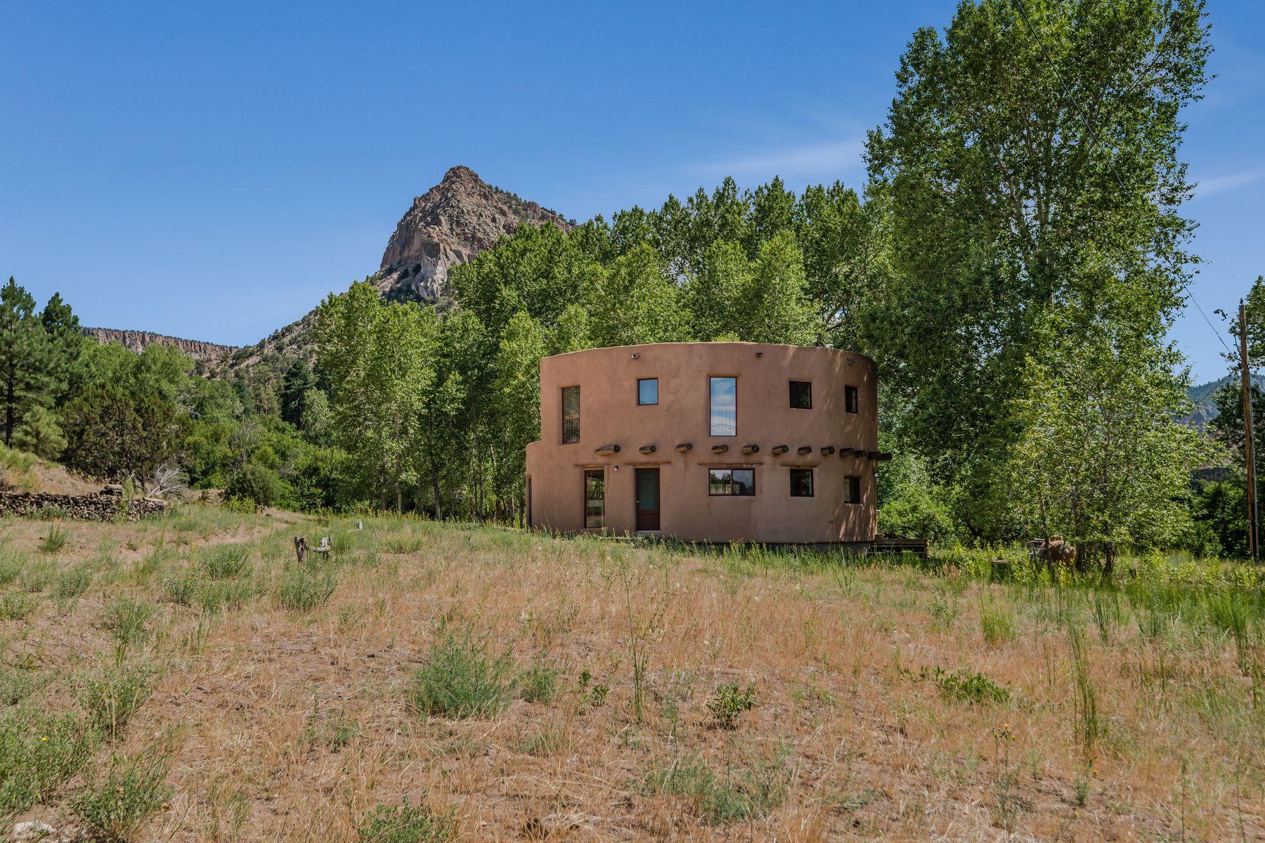 Single Family Homes per Vendita alle ore Canones, Nuovo Messico 87516 Stati Uniti