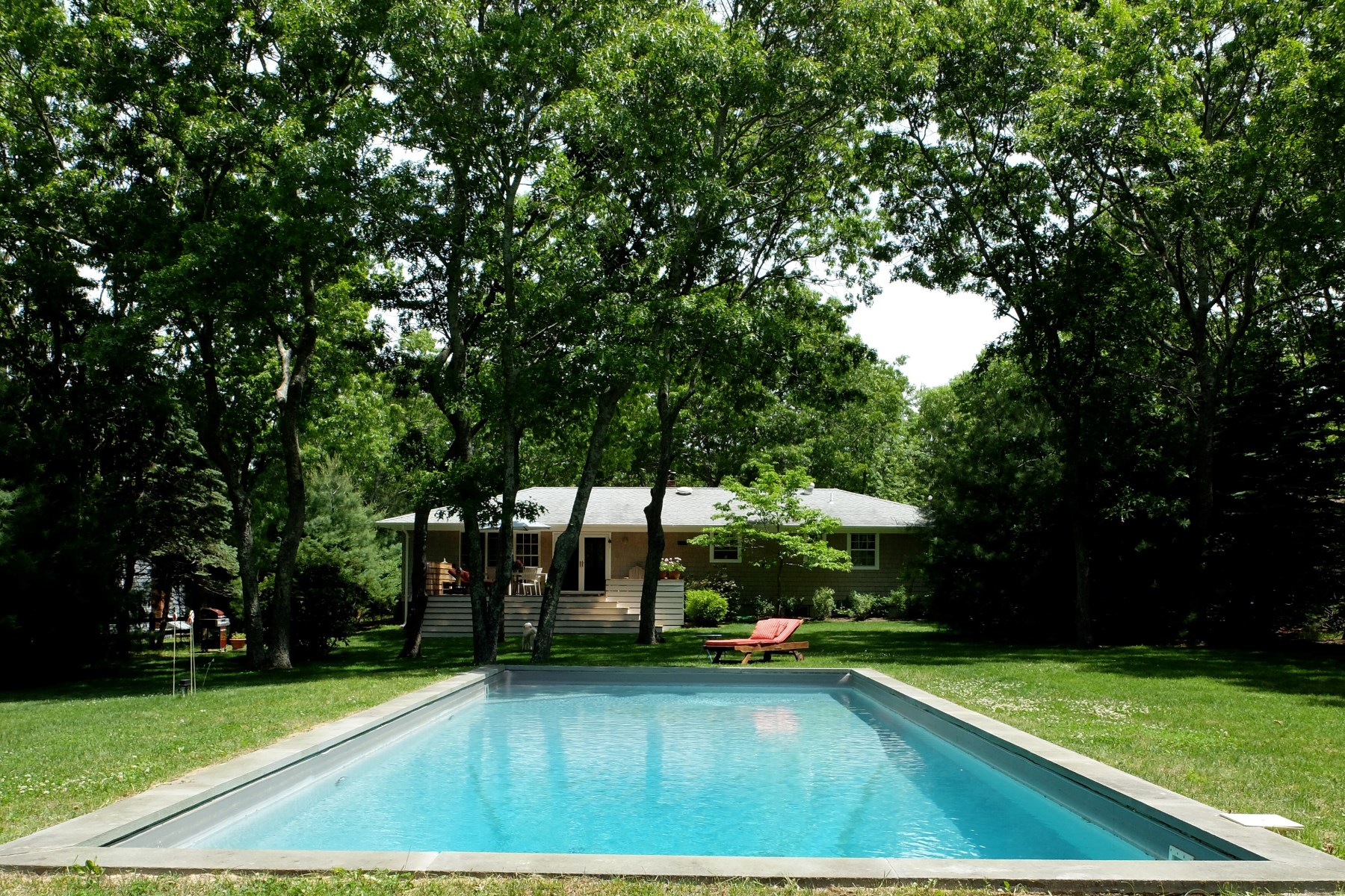 Single Family Home for Rent at Adorable Cottage in Sagaponack Sagaponack, New York 11962 United States