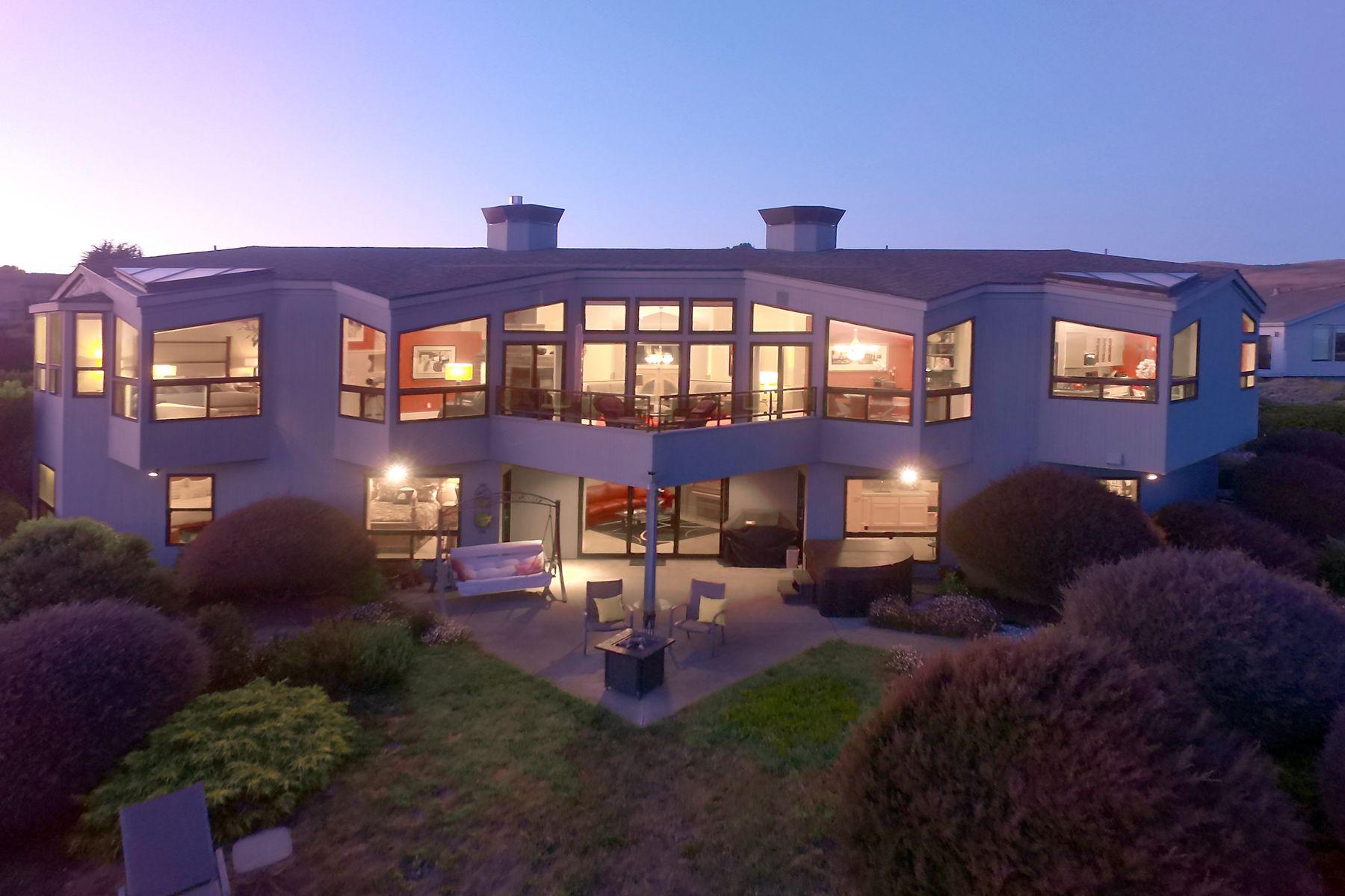 Casa Unifamiliar por un Venta en Bodega Harbour Luxury Home Bodega Bay, California 94923 Estados Unidos