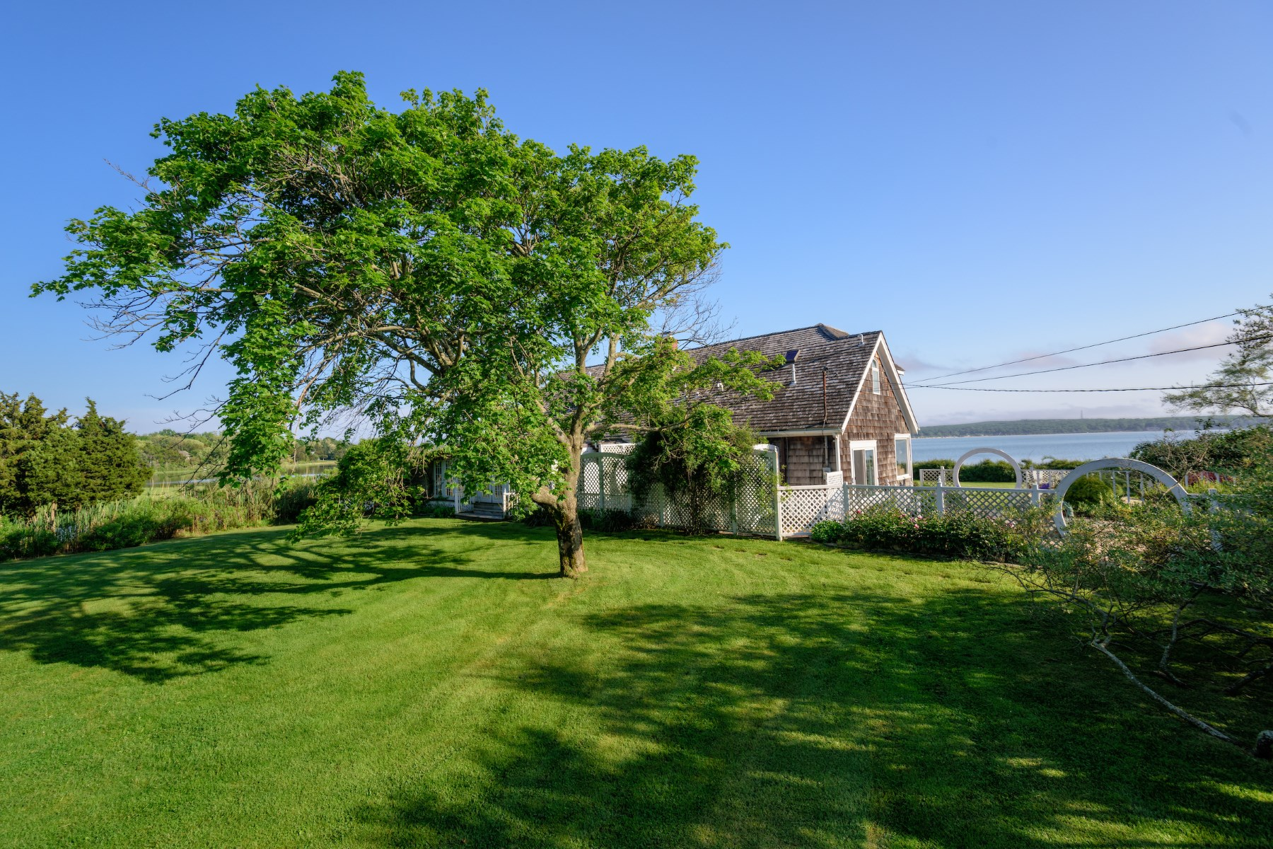 Additional photo for property listing at Sag Harbor/North Haven Water Front  Sag Harbor, New York 11963 United States
