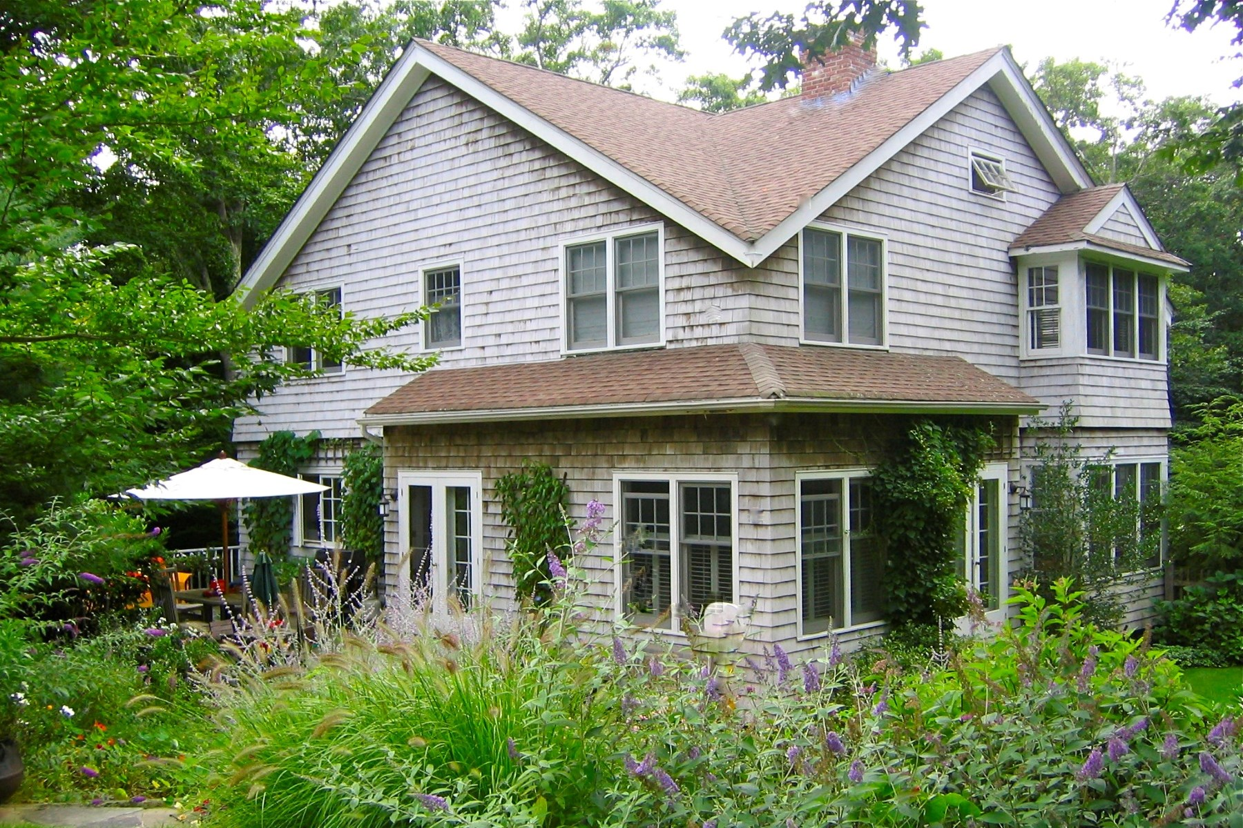 Single Family Home for Rent at PEACEFUL AMAGANSETT TRADITIONAL Amagansett, New York 11930 United States