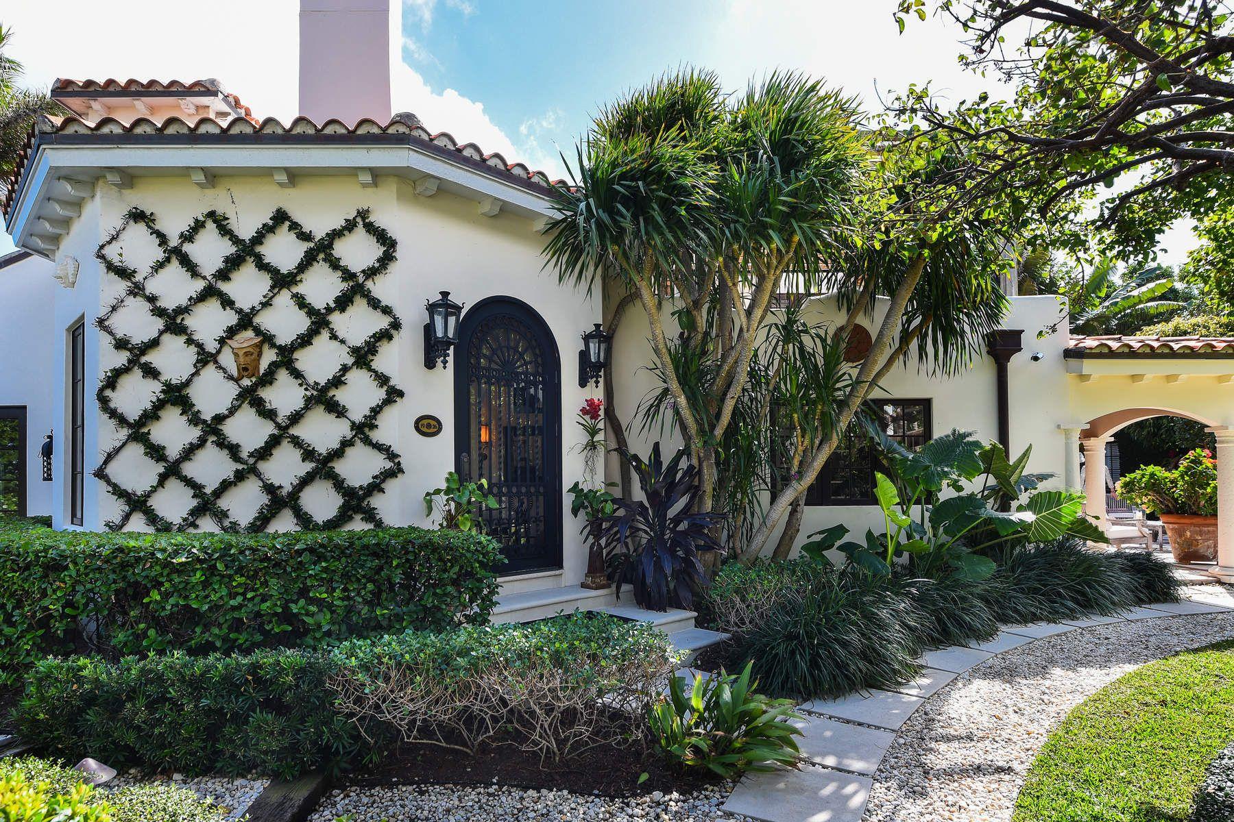 Частный односемейный дом для того Продажа на Stunning Mediterranean Waterfront Home 2701 S Flagler Dr West Palm Beach, Флорида 33405 Соединенные Штаты