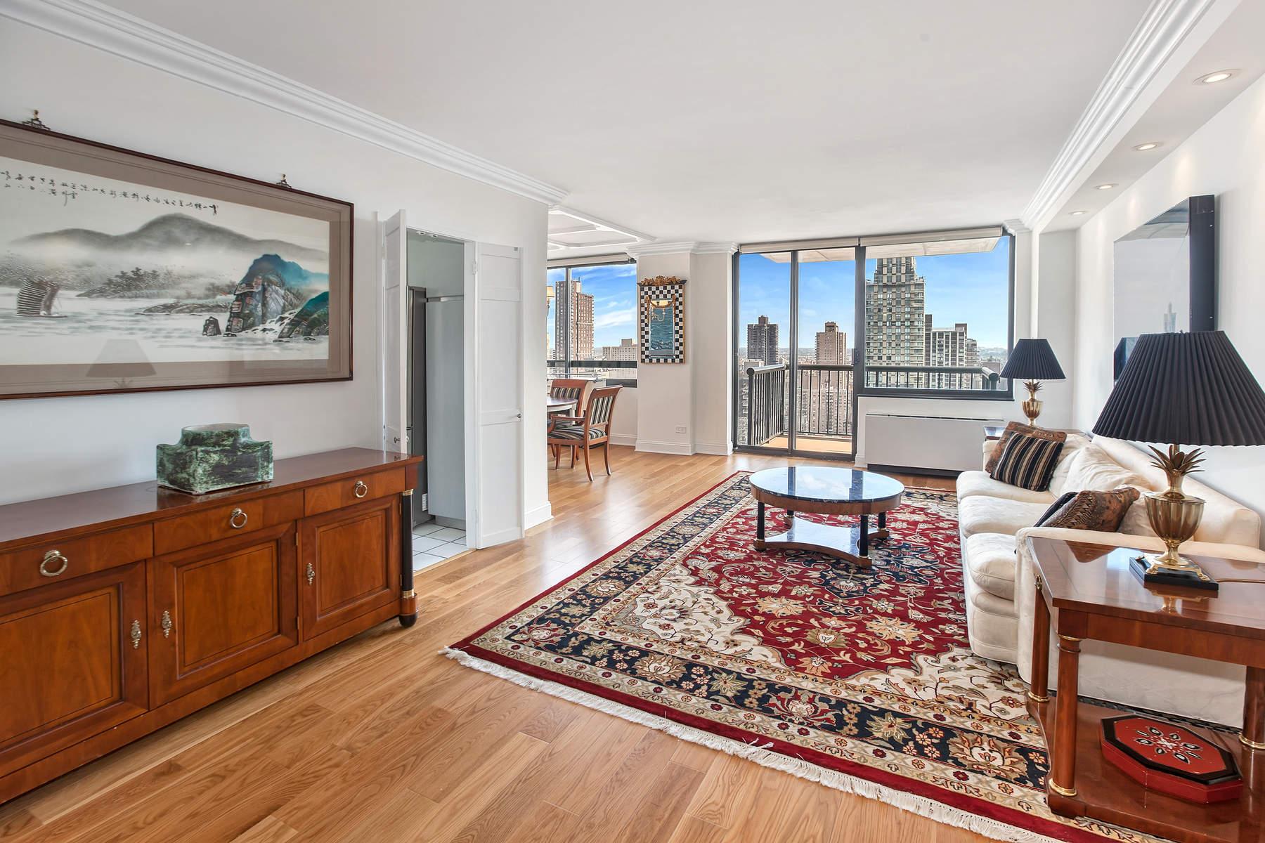 콘도미니엄 용 매매 에 Evans Tower 171 East 84th Street Apt 28C, Upper East Side, New York, 뉴욕, 10028 미국
