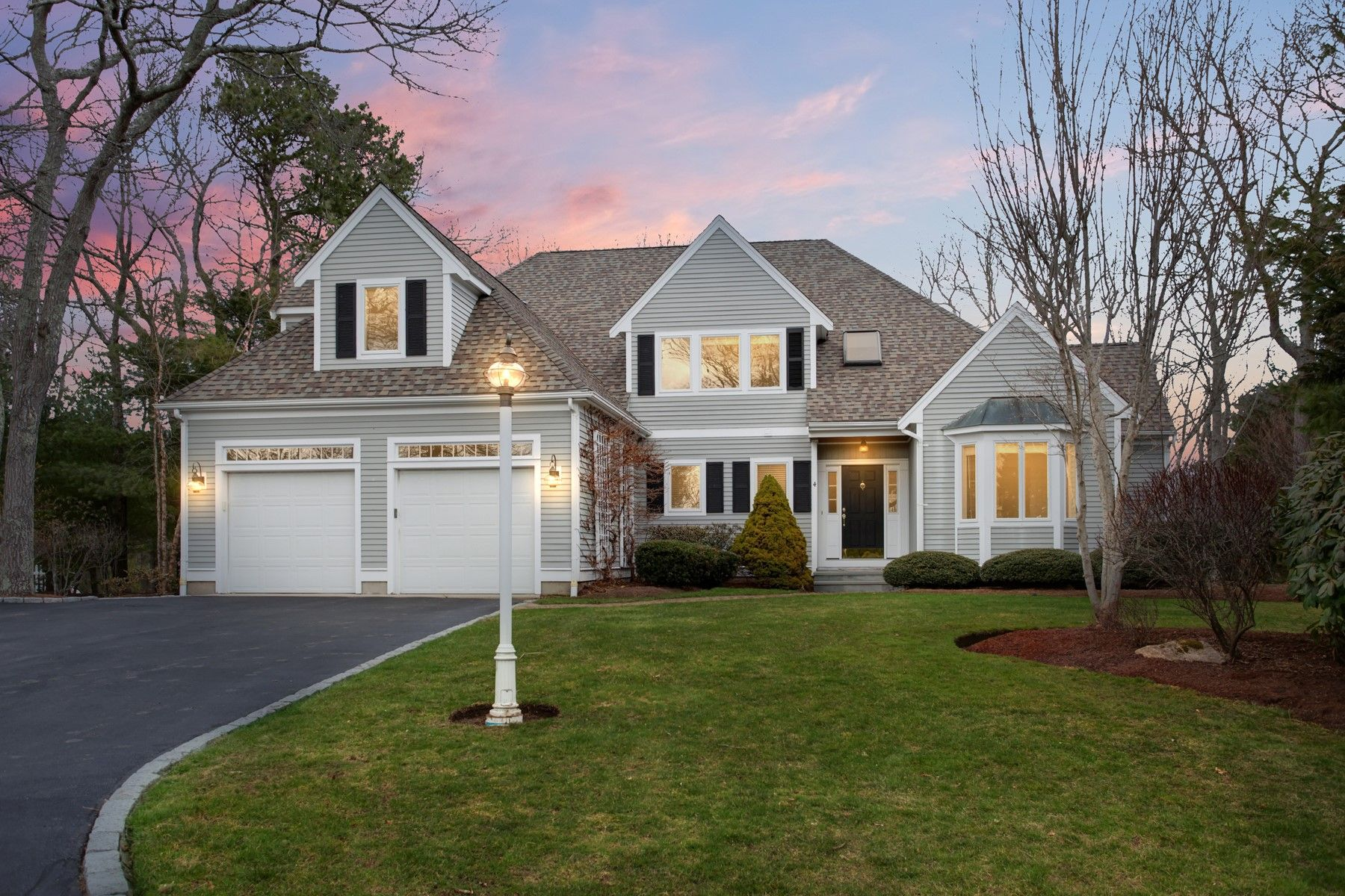 Single Family Homes for Sale at 4 Firethorn Lane, Sandwich, MA 4 Firethorn Lane Sandwich, Massachusetts 02563 United States