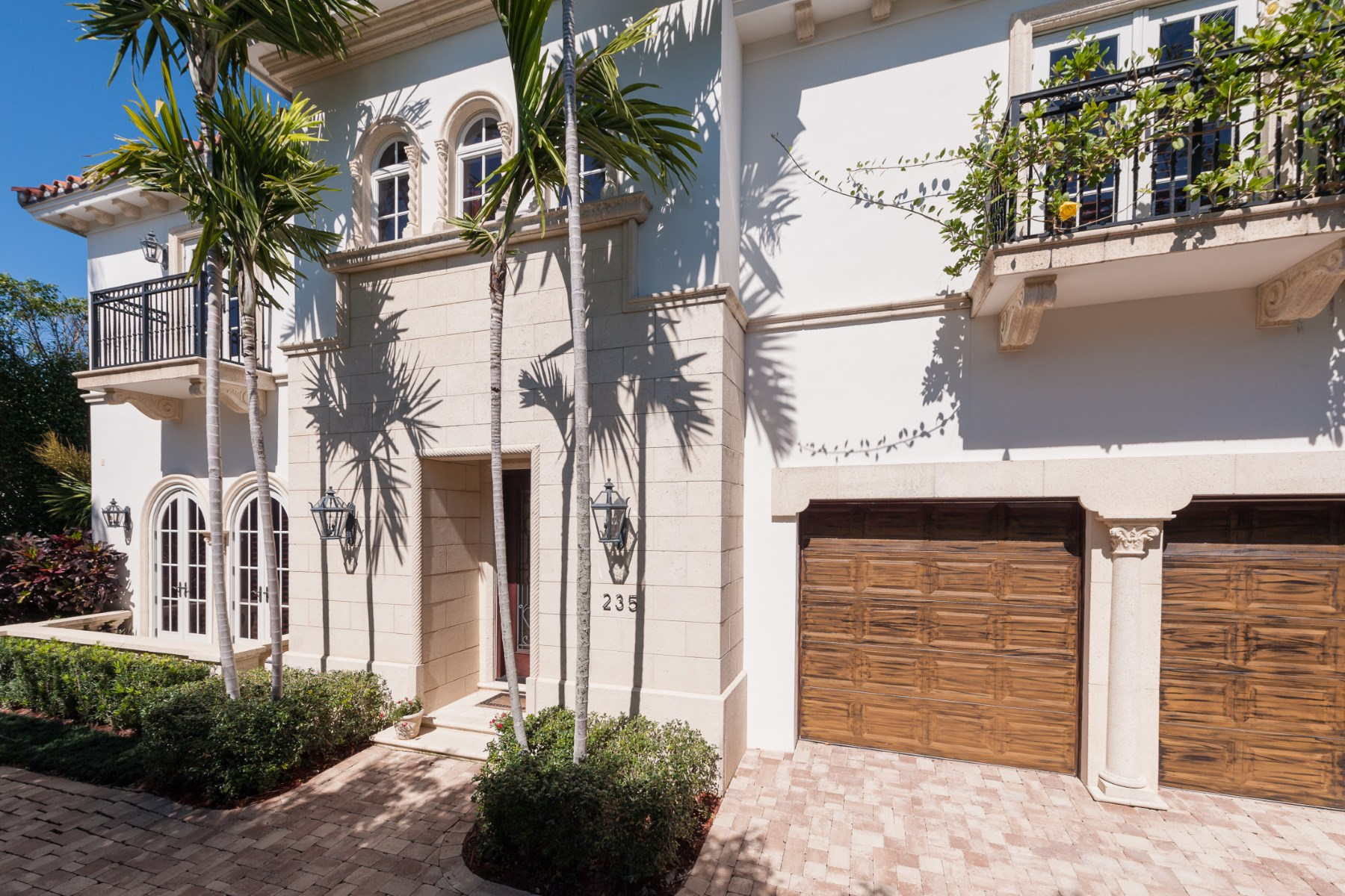 Single Family Home for Sale at Elegant In Town 235 Atlantic Ave Palm Beach, Florida, 33480 United States