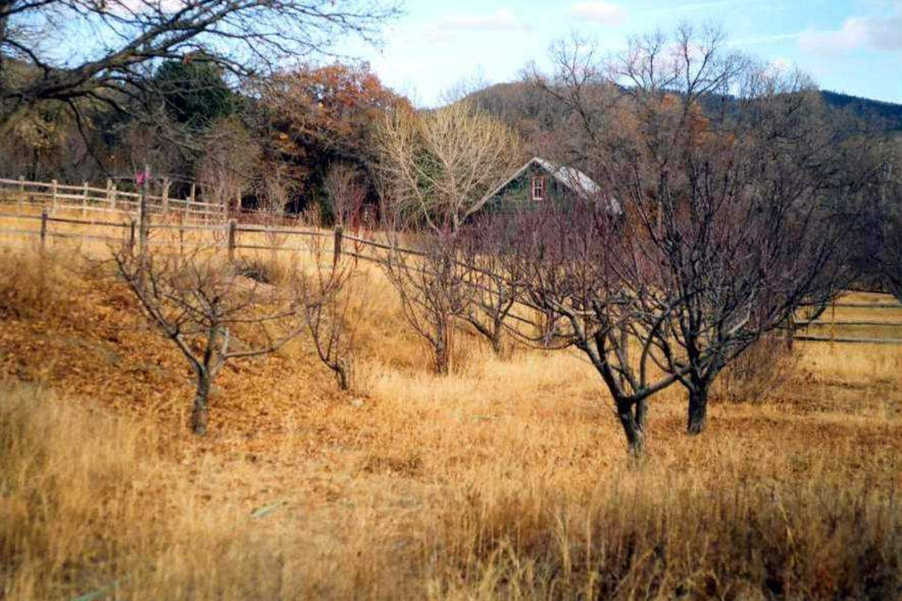 أراضي للـ Sale في 30 Sendero Del Oso Santa Fe, New Mexico, 87501 United States