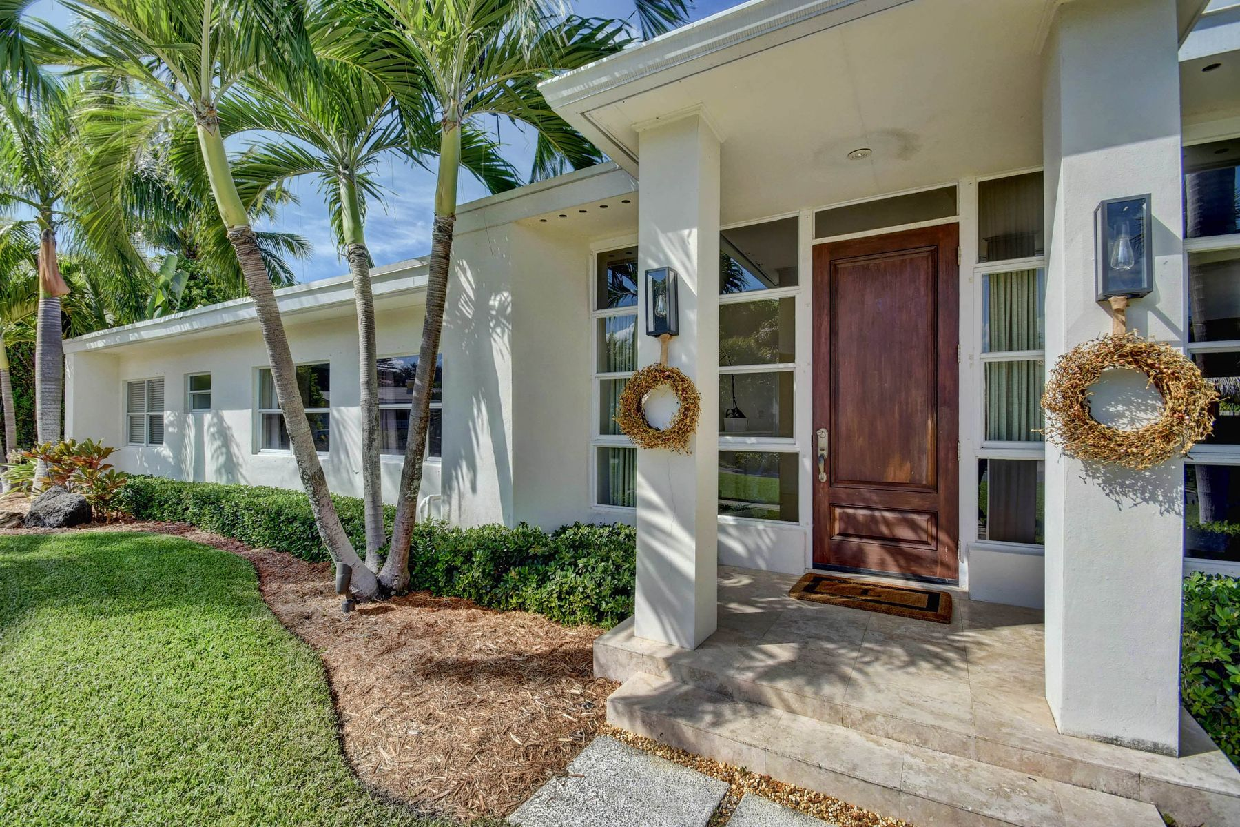 Single Family Home for Active at 135 Churchill Road 135 Churchill Rd West Palm Beach, Florida 33405 United States