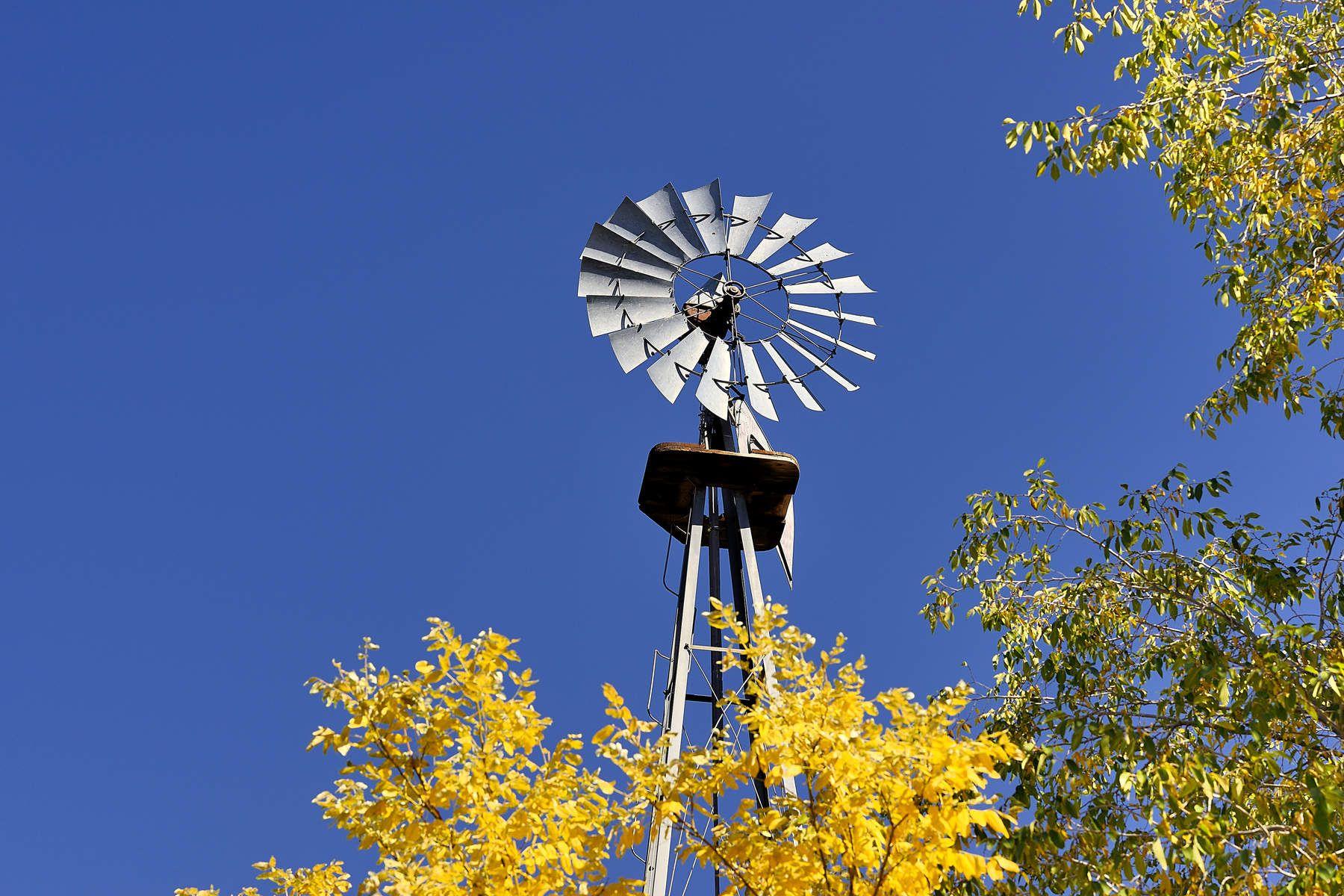 واحد منزل الأسرة للـ Sale في 623 1/2 A Garcia Street 623-1/2 Garcia Street #A, Santa Fe, New Mexico, 87501 United States