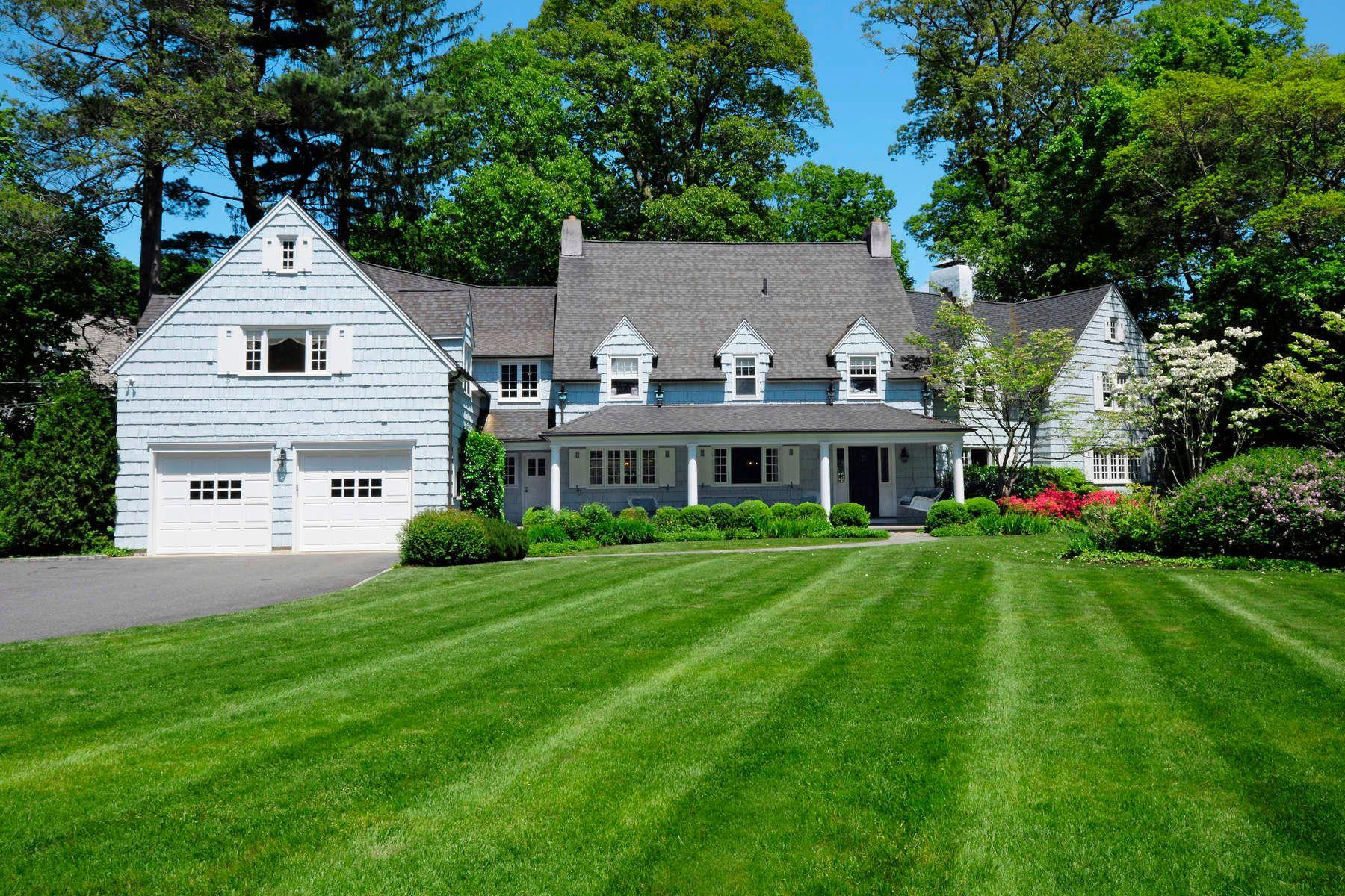 Maison unifamiliale pour l Vente à 54 Woodside Drive 54 Woodside Drive Greenwich, Connecticut 06830 États-Unis