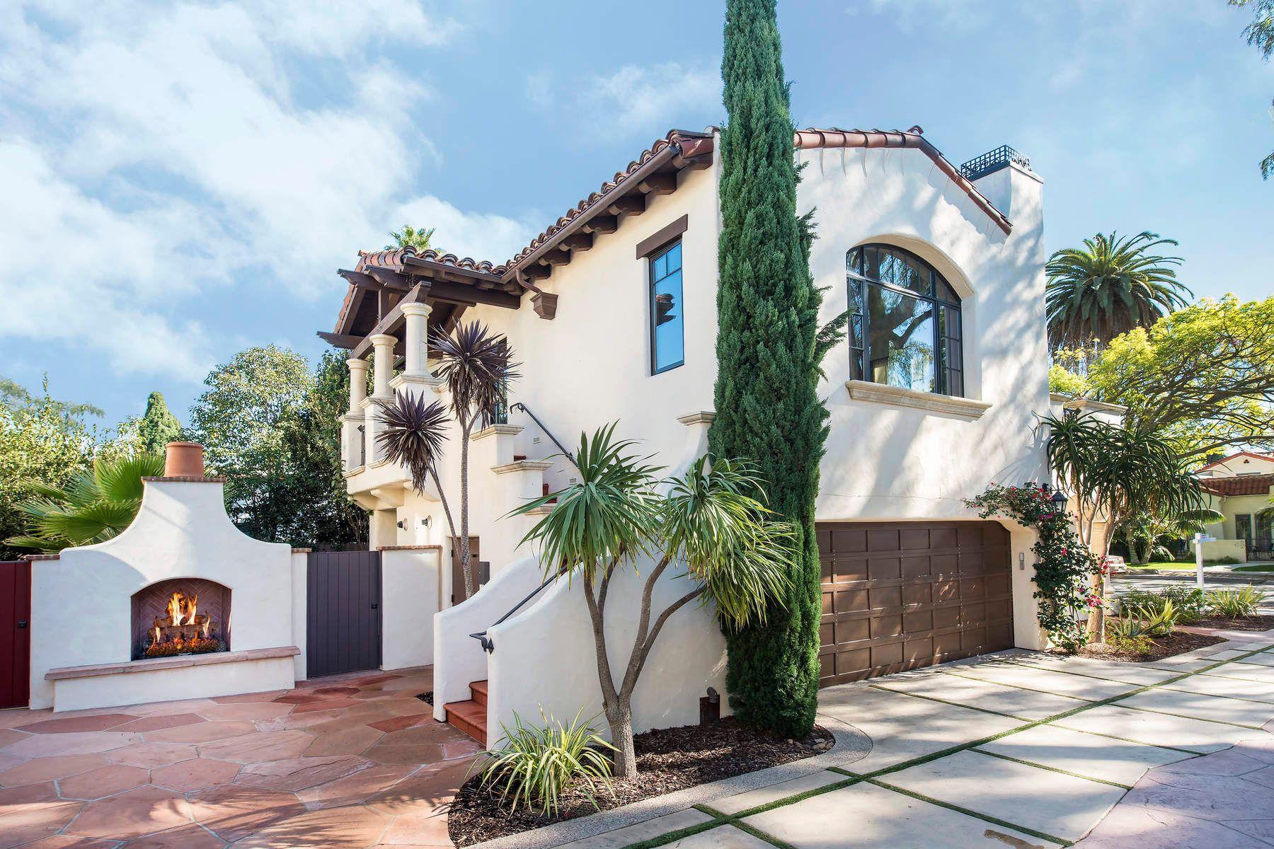 콘도미니엄 용 매매 에 West Beach Rare Opportunity 220 West Yanonali Street, West Beach, Santa Barbara, 캘리포니아, 93101 미국