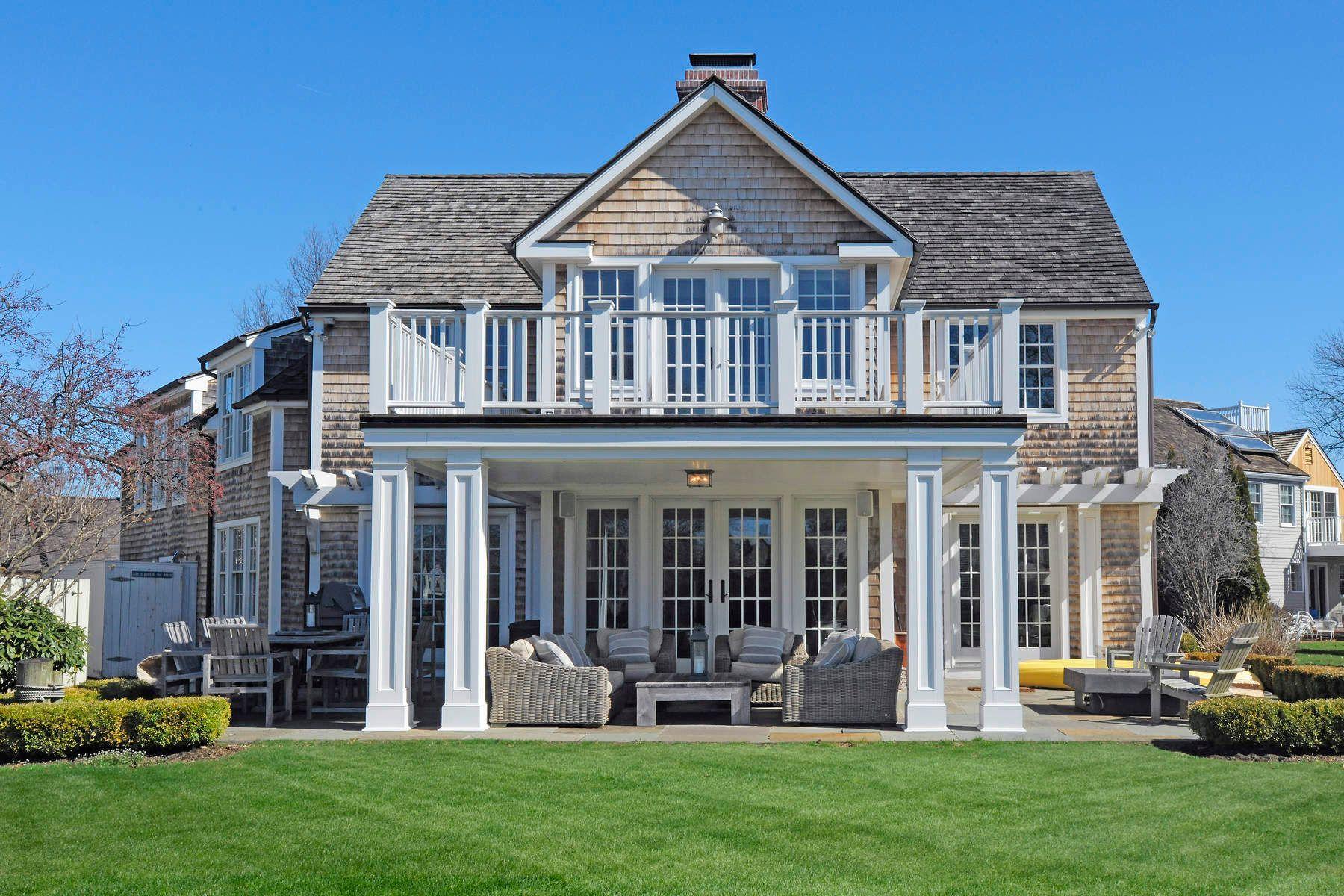 独户住宅 为 销售 在 12 Joshua Slocum Dock 12 Joshua Slocum Dock 斯坦福, 康涅狄格州 06902 美国