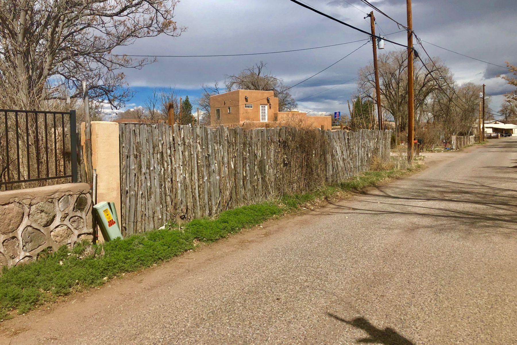 Terrain pour l Vente à Espanola, Nouveau-Mexique 87532 États-Unis