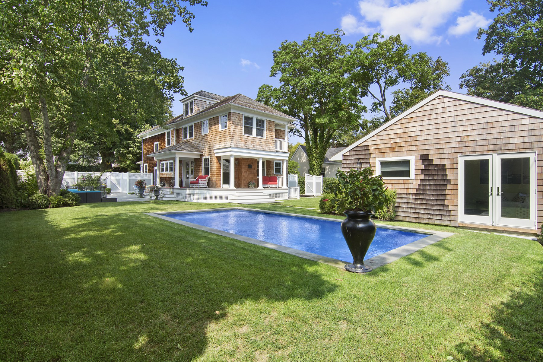 Additional photo for property listing at A Jewel in Southampton Village 60 Cameron Street Southampton, New York 11968 United States