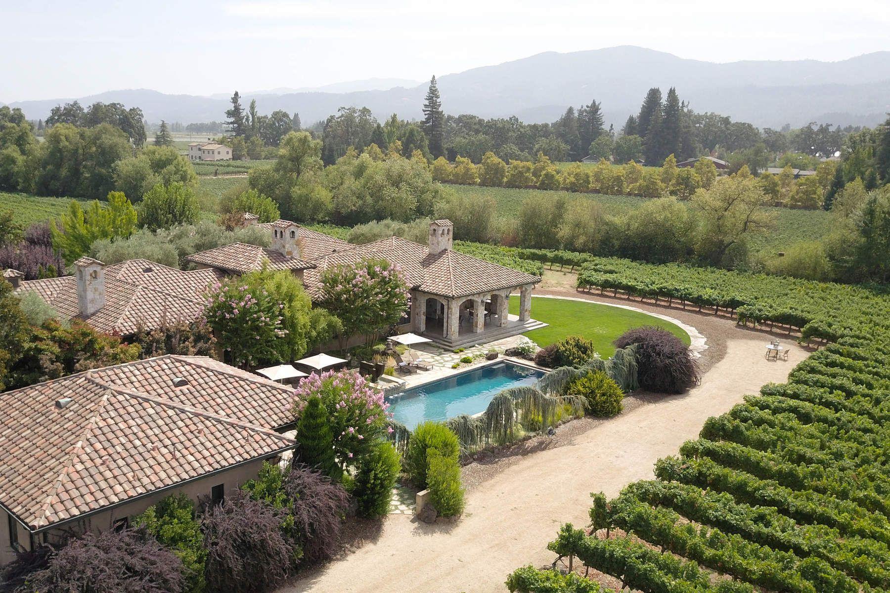 Частный односемейный дом для того Продажа на Napa Valley Estate Home and Vineyards St. Helena, Калифорния 94574 Соединенные Штаты