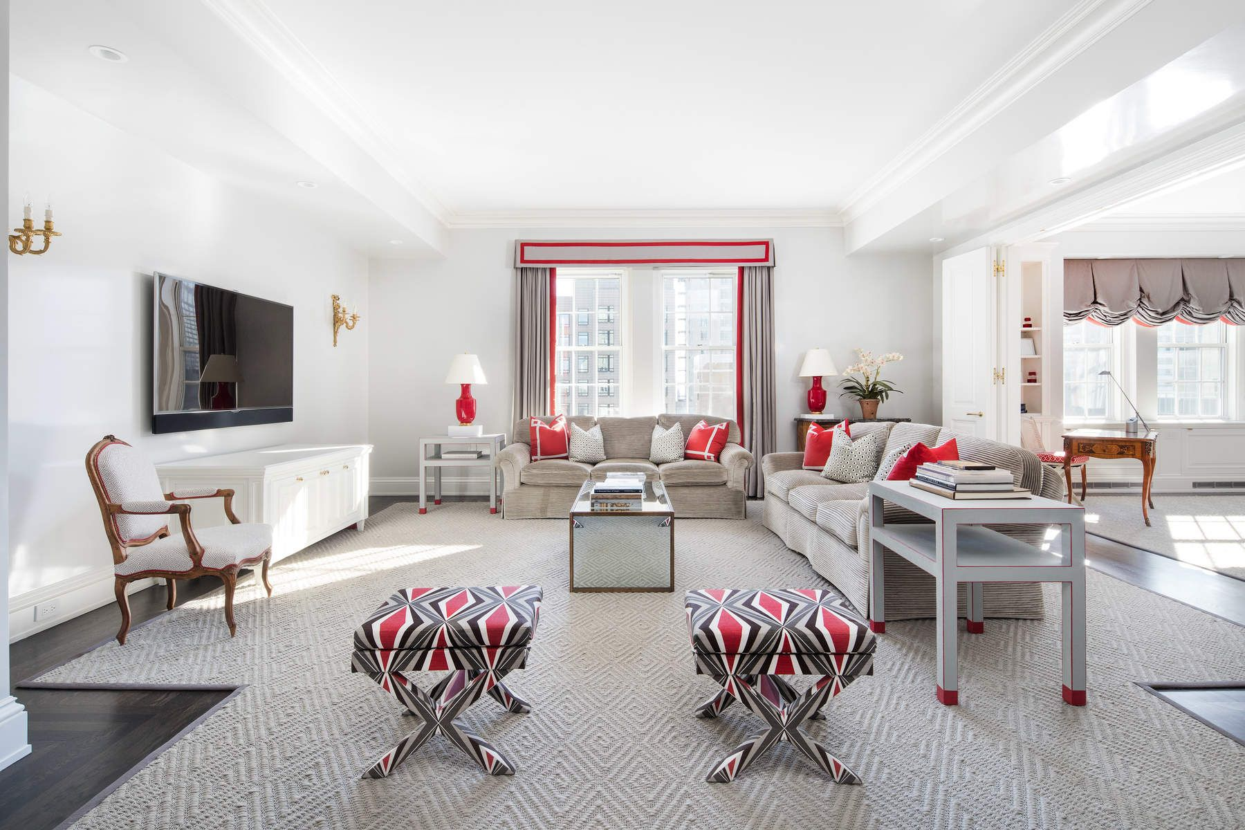Co-op for Sale at 795 Fifth Avenue Apt 2711 795 Fifth Avenue Apt 2711 New York, New York 10065 United States