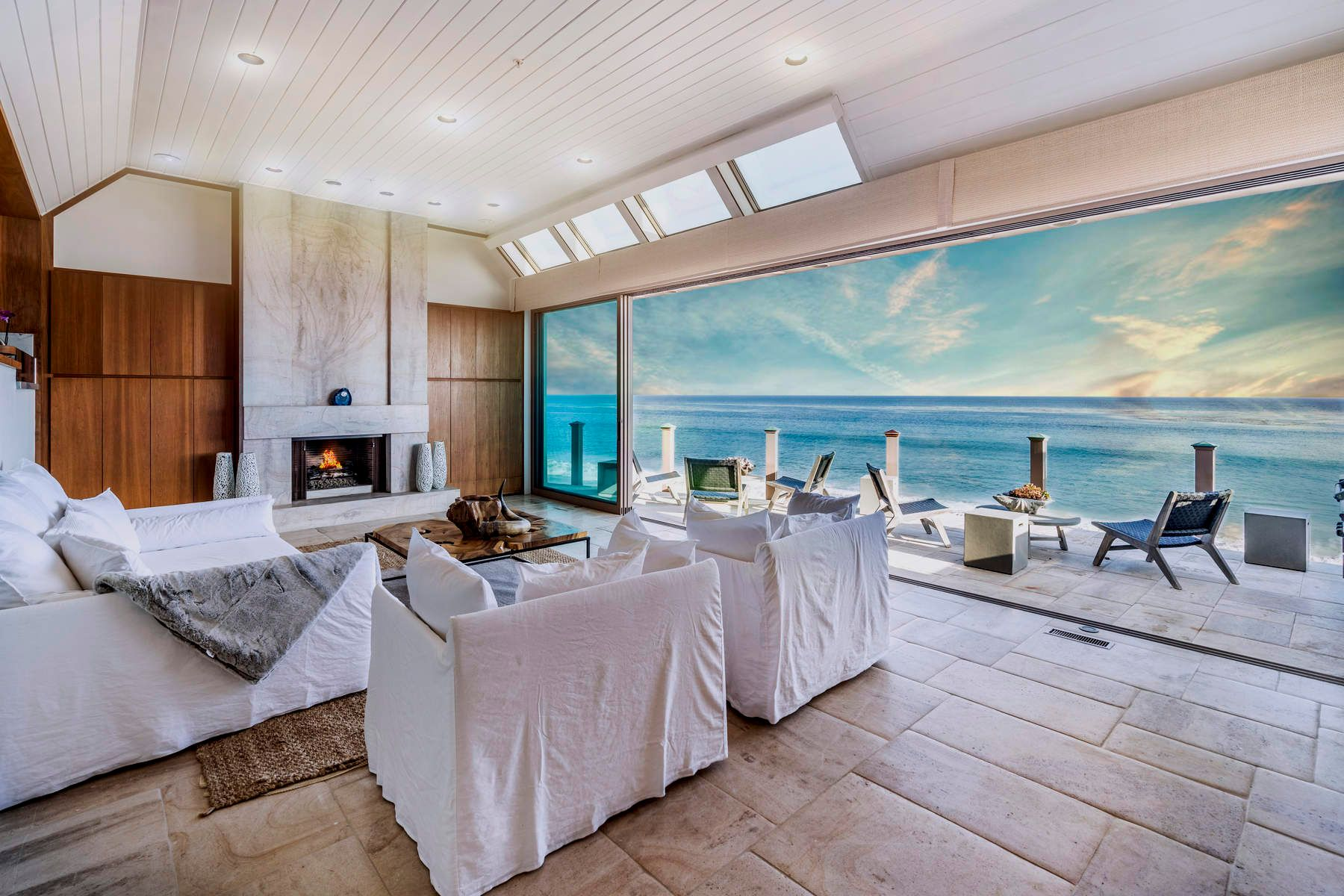 Single Family Homes for Sale at Magnificent Malibu Architectural 27352 Pacific Coast Highway Malibu, California 90265 United States
