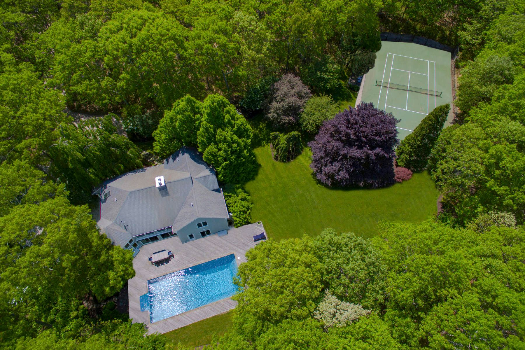 Single Family Homes für Verkauf beim Sag Harbor Village Fringe With Tennis 118 Merchants Path, Wainscott, New York 11975 Vereinigte Staaten