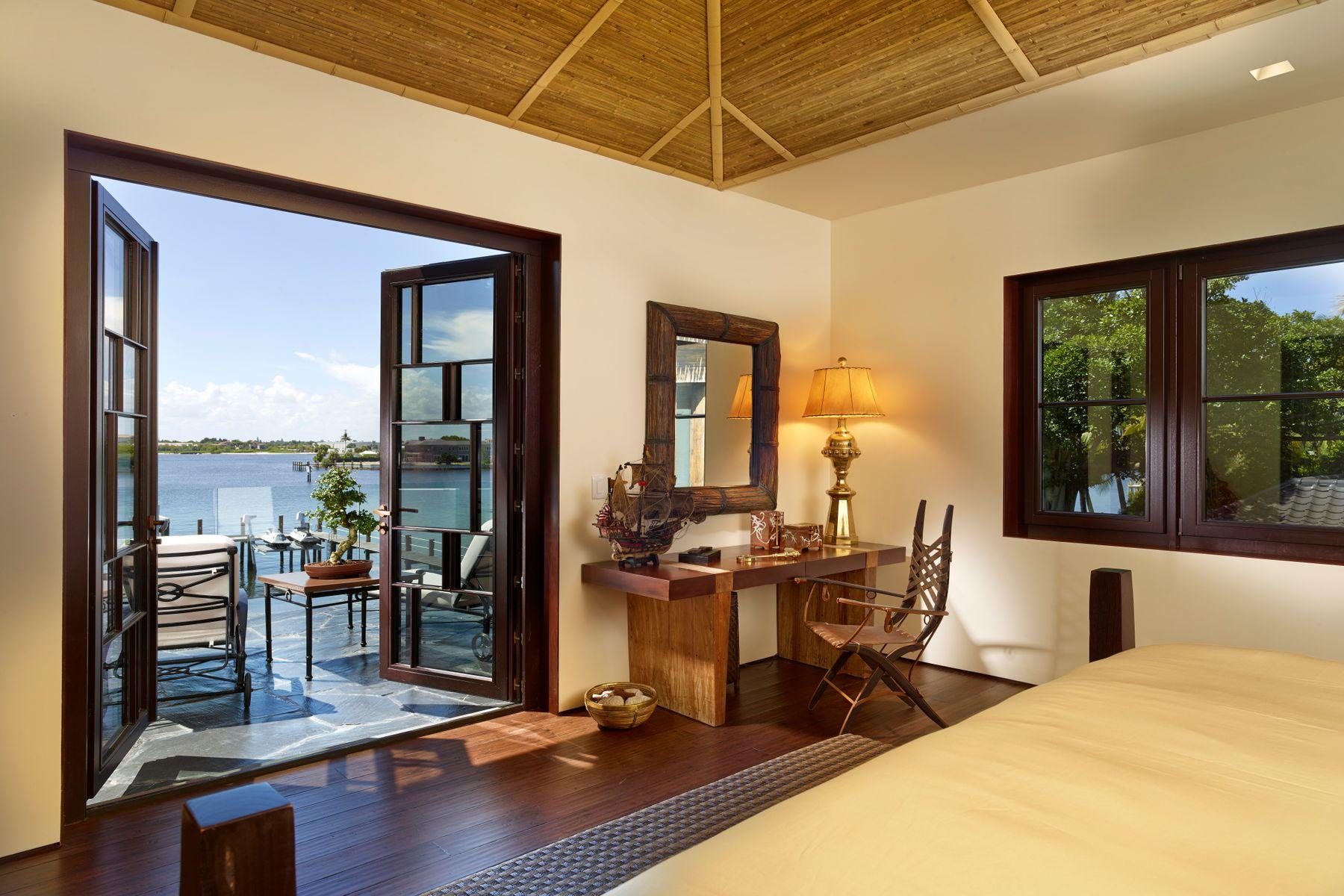 Additional photo for property listing at Significant Ocean-to-Lake Estate  Manalapan, Florida 33462 Estados Unidos