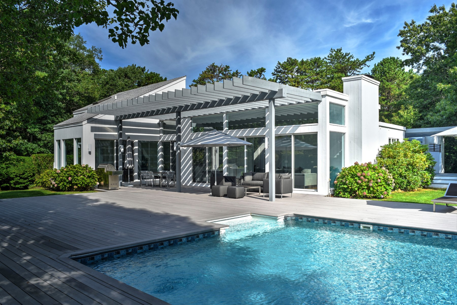 Single Family Home for Sale at The Limelight Estate 580 Hands Creek Road East Hampton, New York, 11937 United States