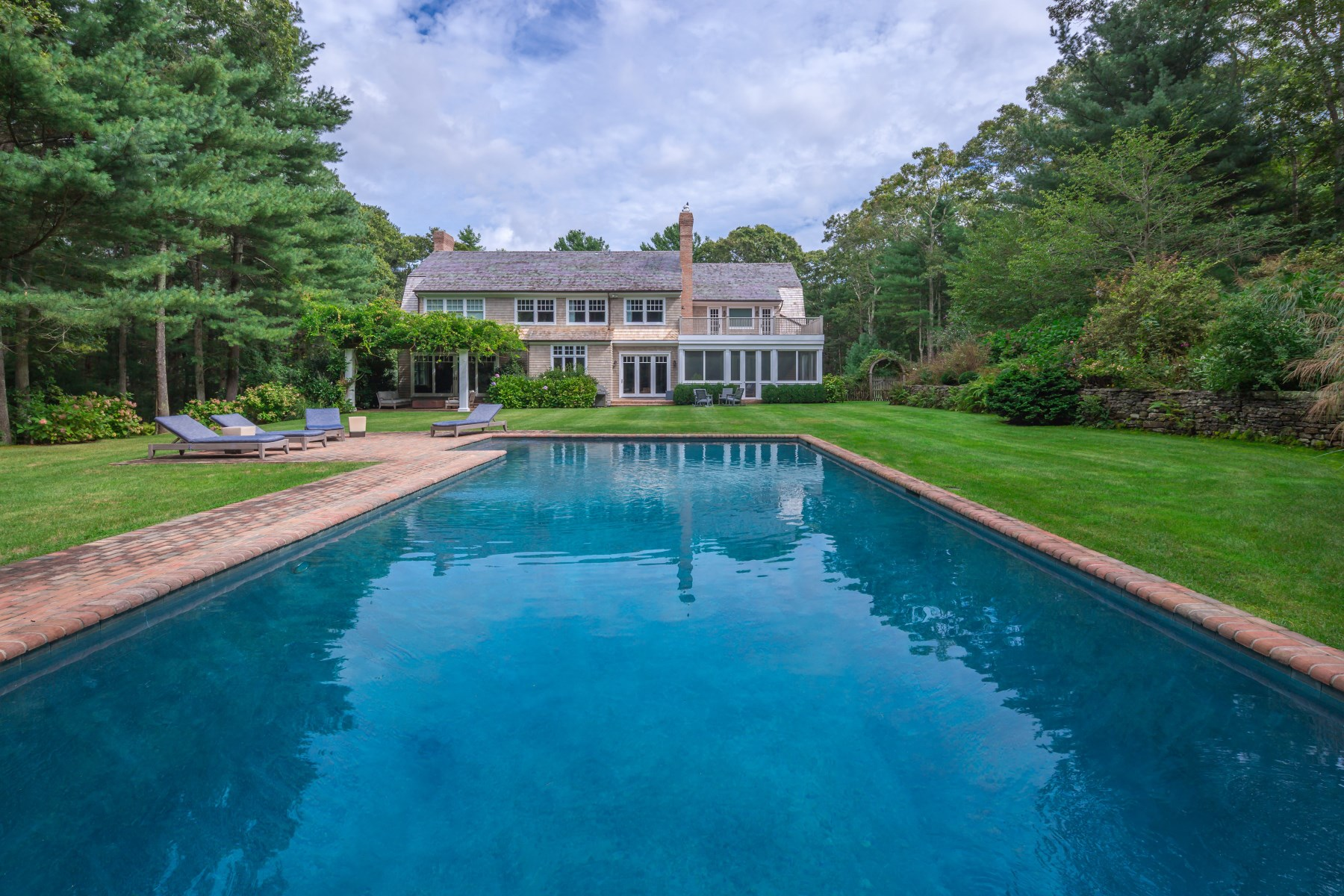 Single Family Home for Rent at Prestigious Bull Run 23 Bull Run East Hampton, New York 11937 United States