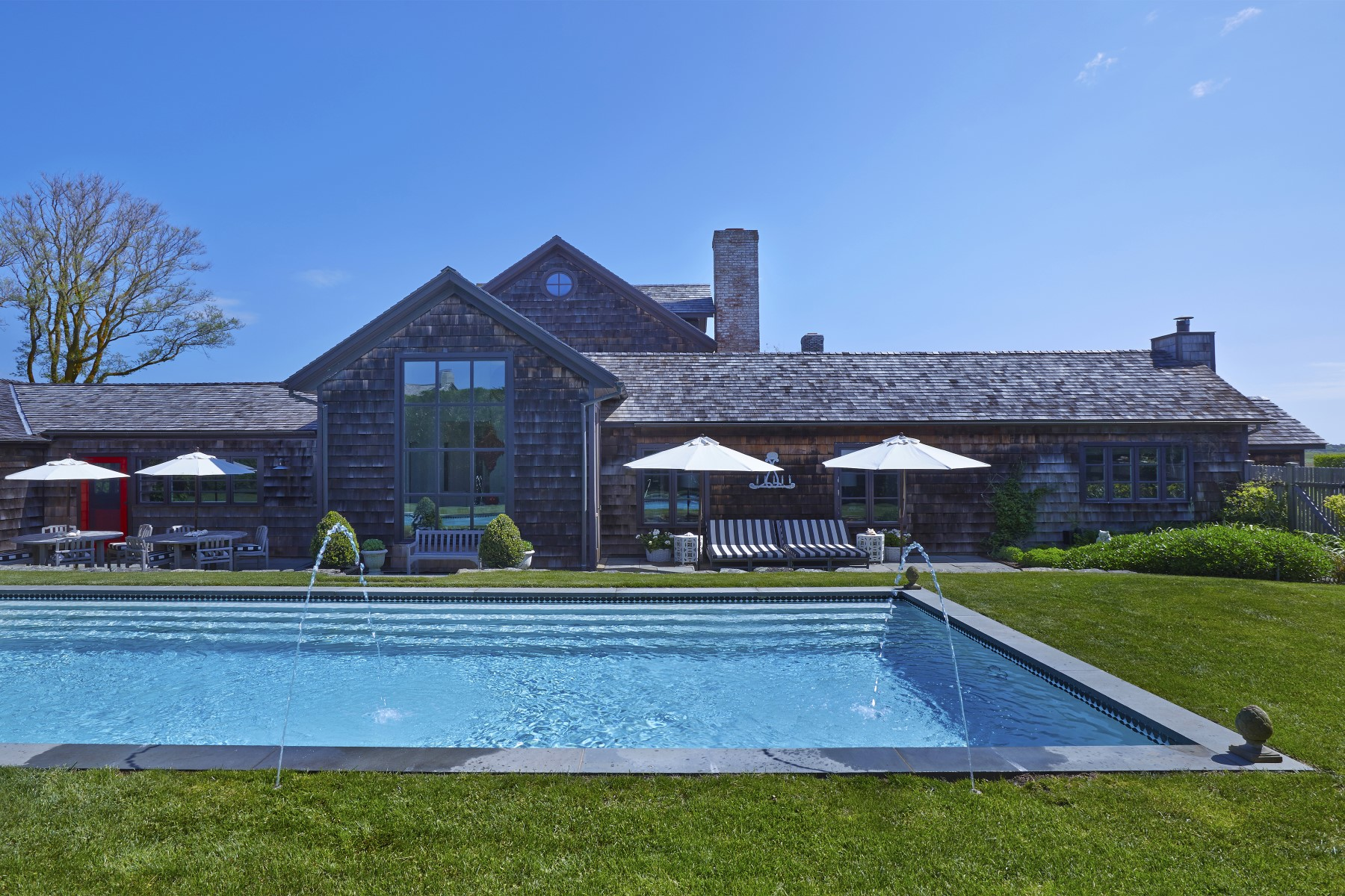 Additional photo for property listing at Award -Winning Designer Owned  Sagaponack, New York 11962 United States