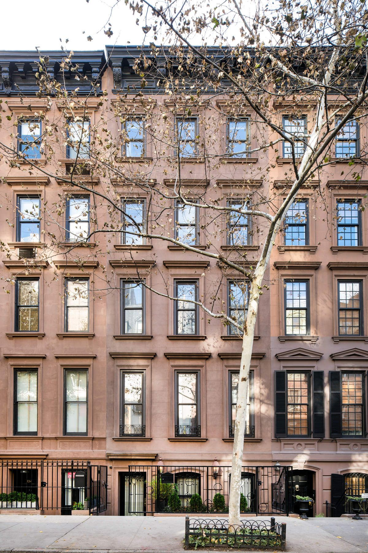 Townhouse for Sale at 132 East 62nd Street 132 East 62nd Street New York, New York 10065 United States
