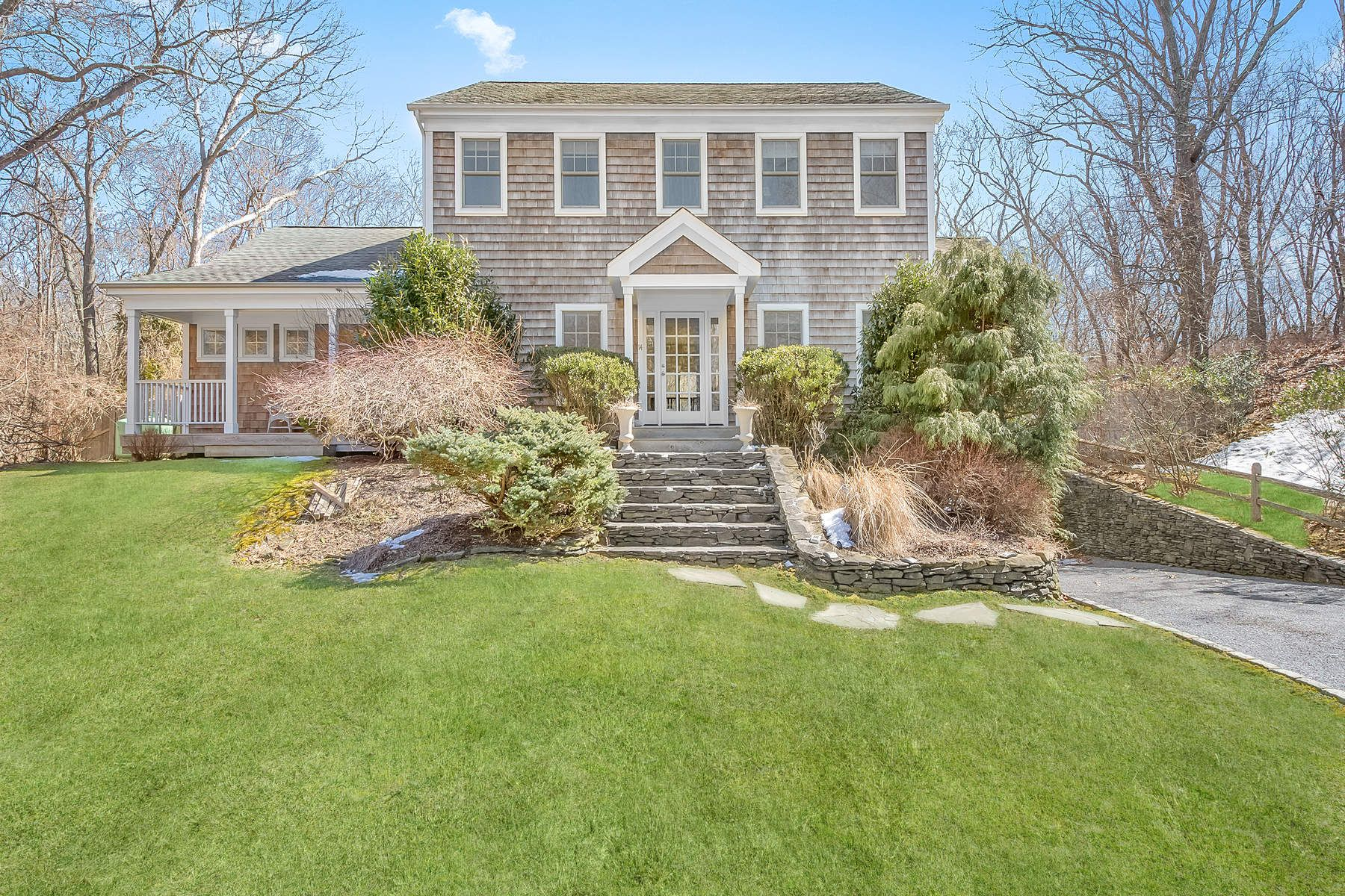 Single Family Home for Rent at Summer In Barnes Landing 14 Glenway East Hampton, New York 11937 United States